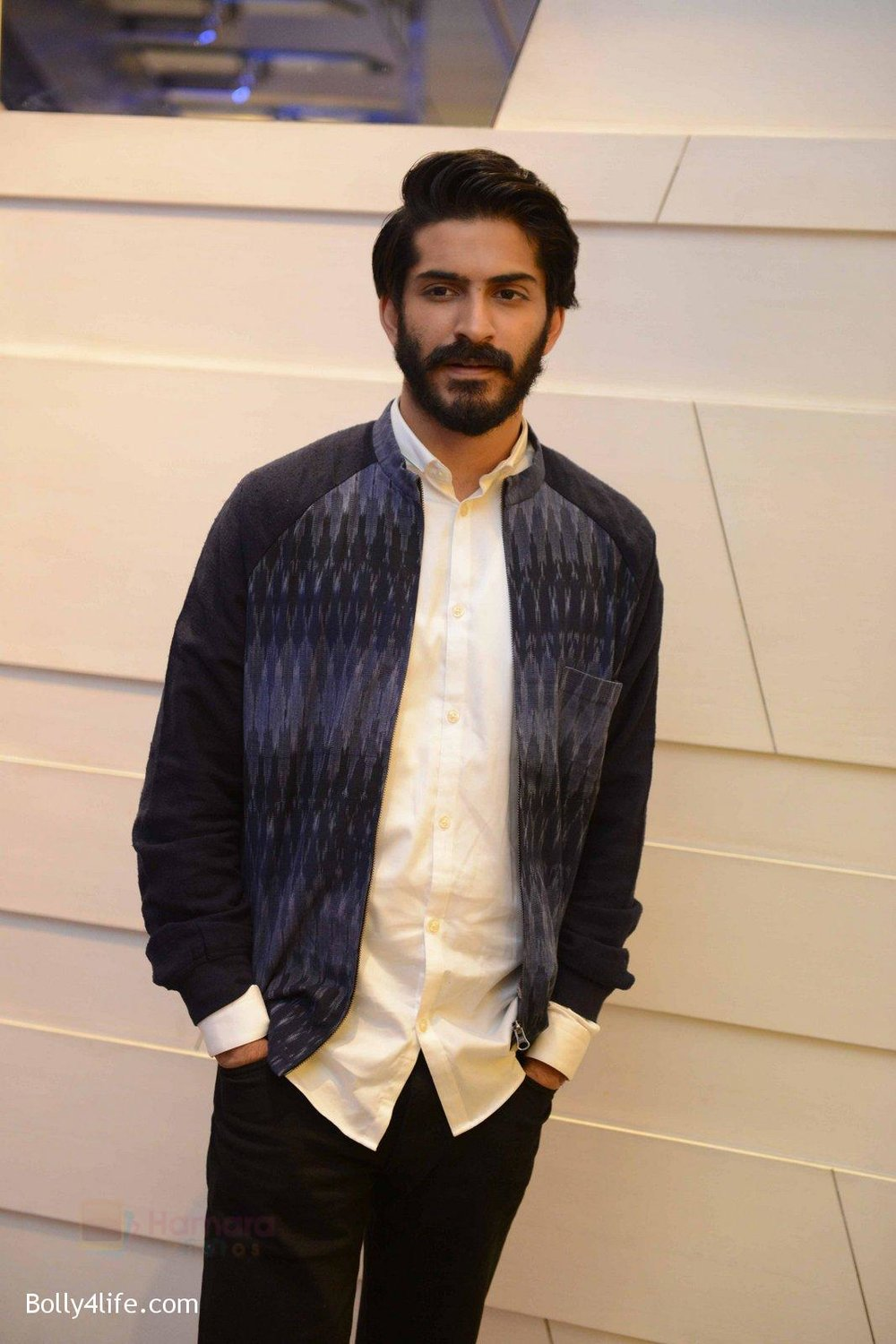 Harshvardhan-Kapoor-at-Mirzya-press-meet-in-Delhi-on-3rd-Oct-2016-66.jpg