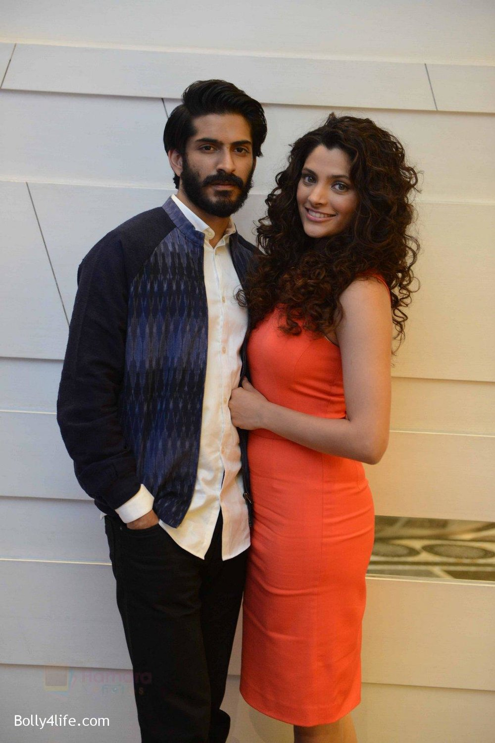 Harshvardhan-Kapoor-Saiyami-Kher-at-Mirzya-press-meet-in-Delhi-on-3rd-Oct-2016-74.jpg