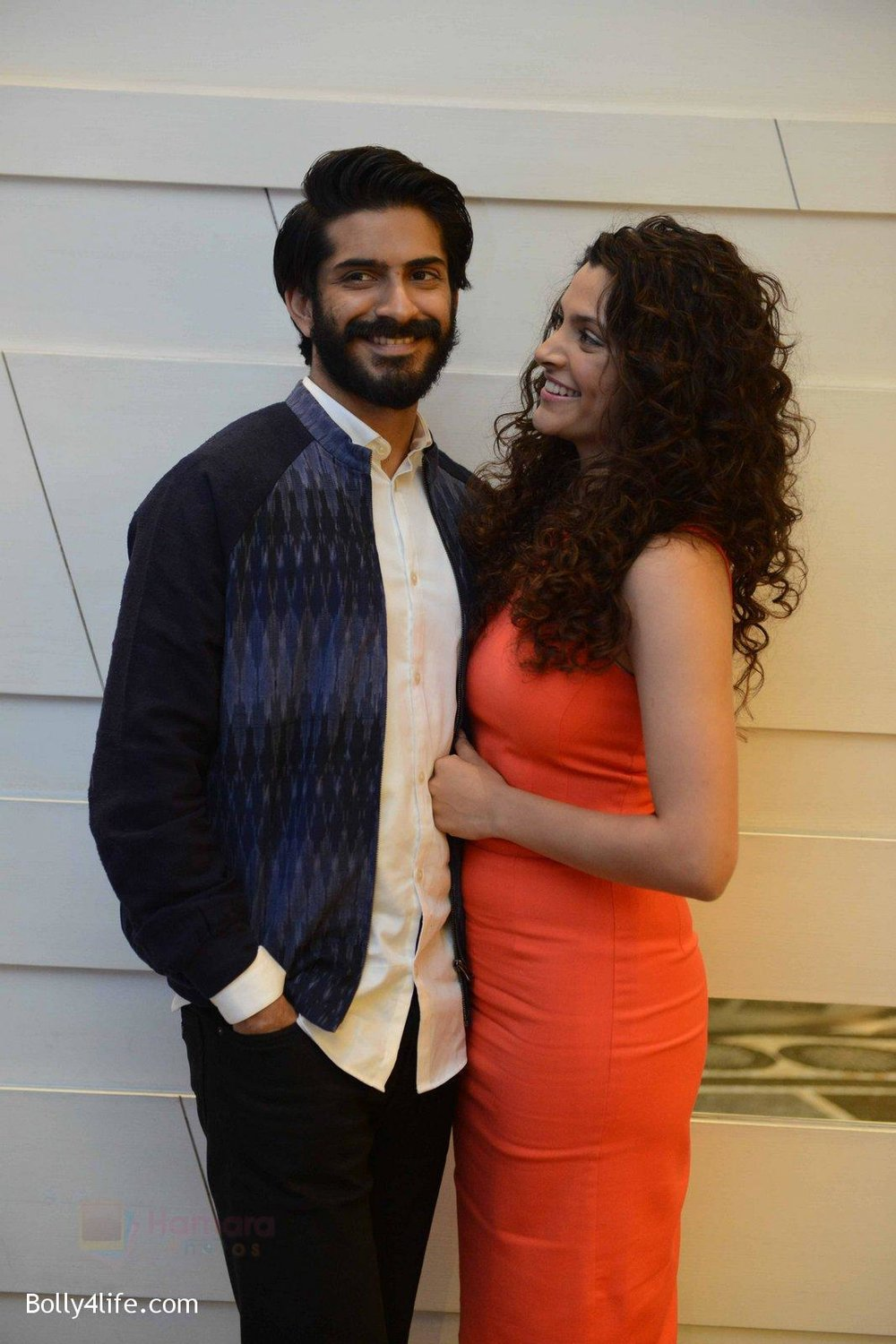 Harshvardhan-Kapoor-Saiyami-Kher-at-Mirzya-press-meet-in-Delhi-on-3rd-Oct-2016-77.jpg