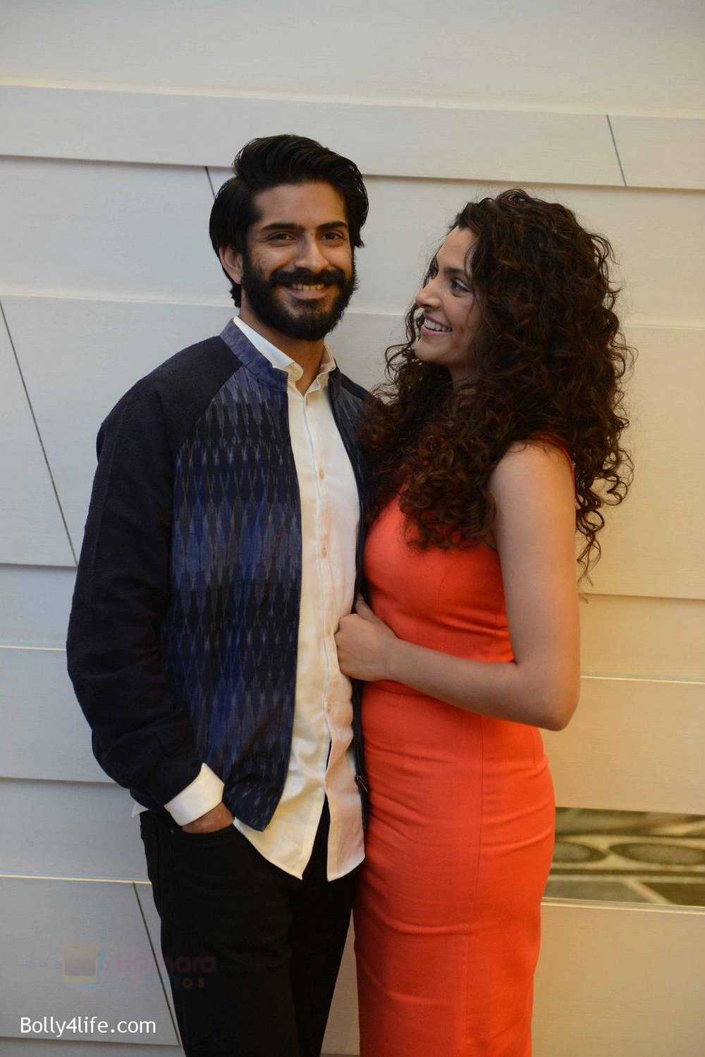 Harshvardhan-Kapoor-Saiyami-Kher-at-Mirzya-press-meet-in-Delhi-on-3rd-Oct-2016-78.jpg