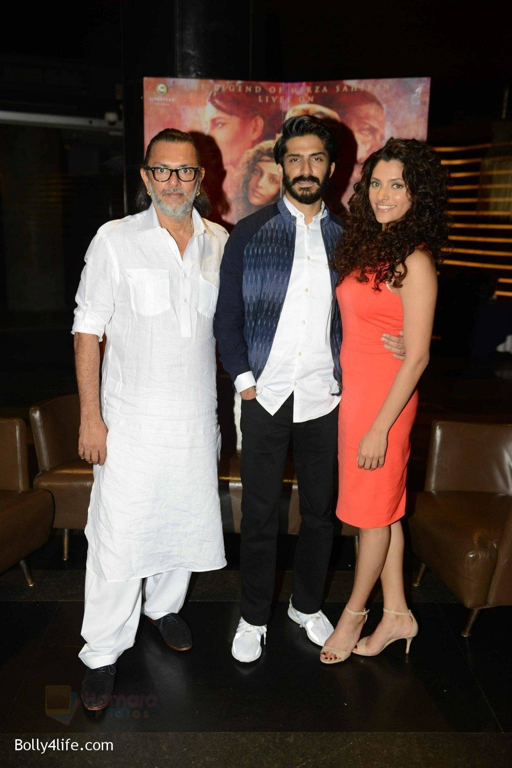 Harshvardhan-Kapoor-Saiyami-Kher-at-Mirzya-press-meet-in-Delhi-on-3rd-Oct-2016-82.jpg