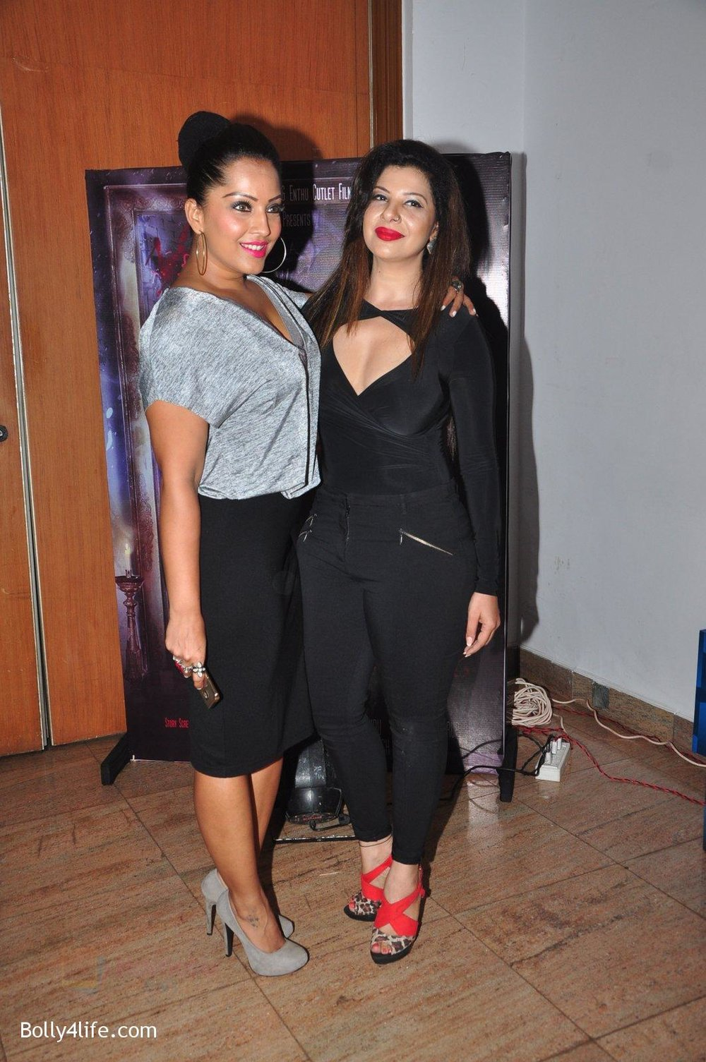 Meghna-Naidu-at-Kashmira-Shah_s-bash-for-film-Come-back-to-me-on-5th-Oct-2016-92.jpg