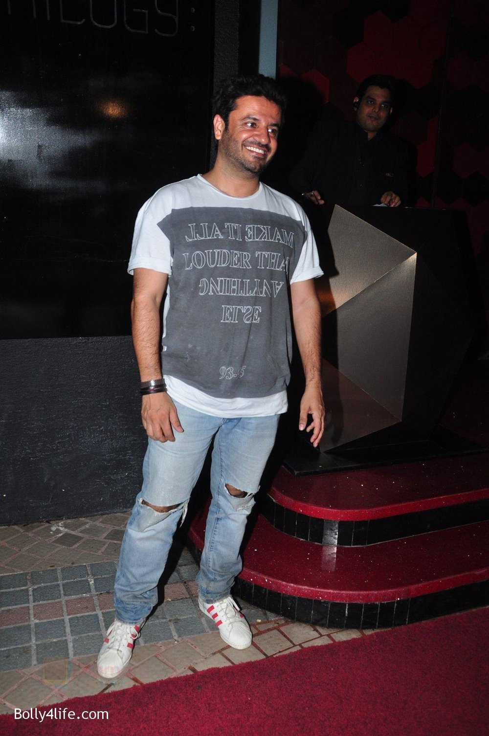 Vikas-Bahl-at-Trilogy-Bash-on-6th-Oct-2016-43.jpg