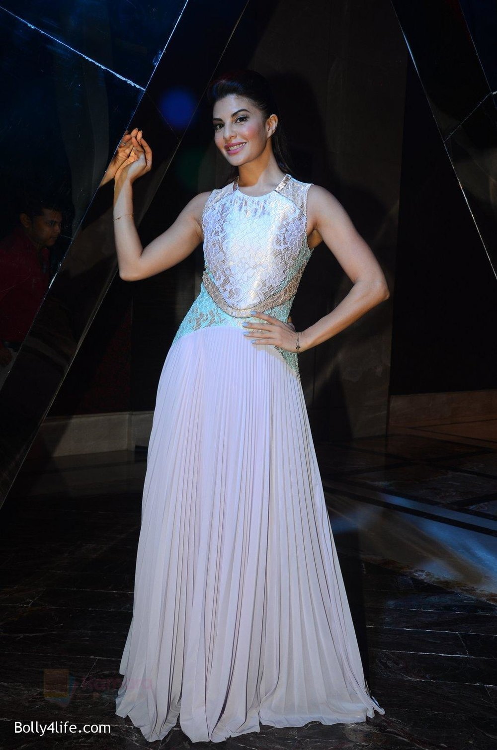 Jacqueline-Fernandez-at-W-Goa-launch-party-on-7th-Oct-2016-78.jpg