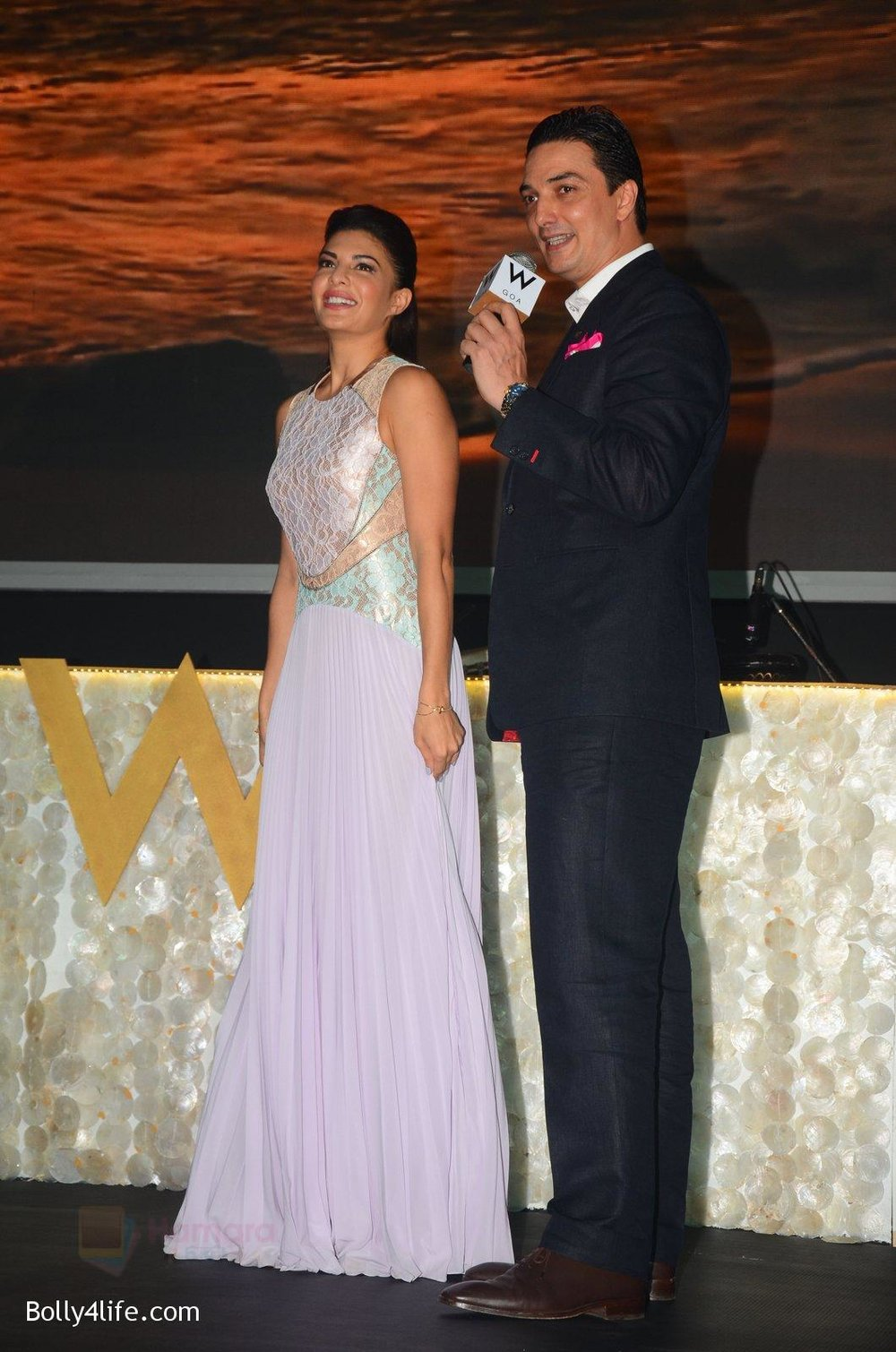 Jacqueline-Fernandez-at-W-Goa-launch-party-on-7th-Oct-2016-86.jpg
