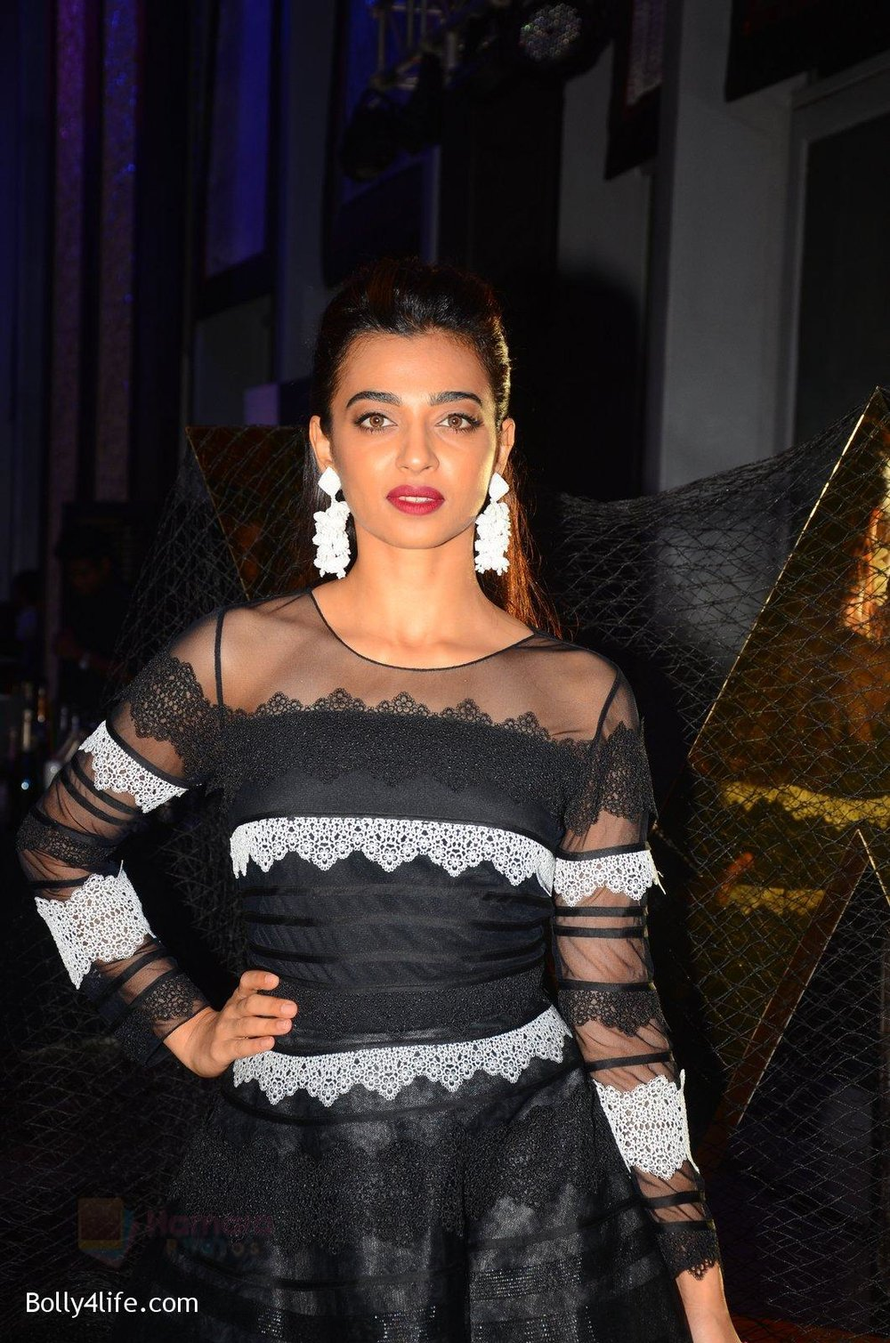 Radhika-Apte-at-W-Goa-launch-party-on-7th-Oct-2016-97.jpg