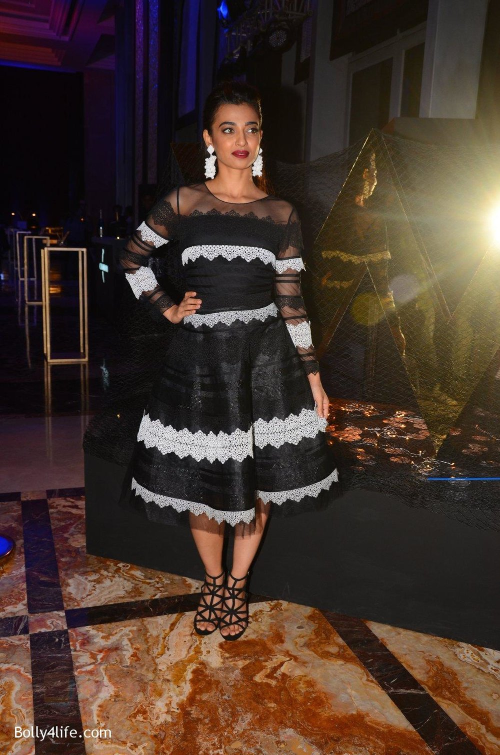 Radhika-Apte-at-W-Goa-launch-party-on-7th-Oct-2016-98.jpg