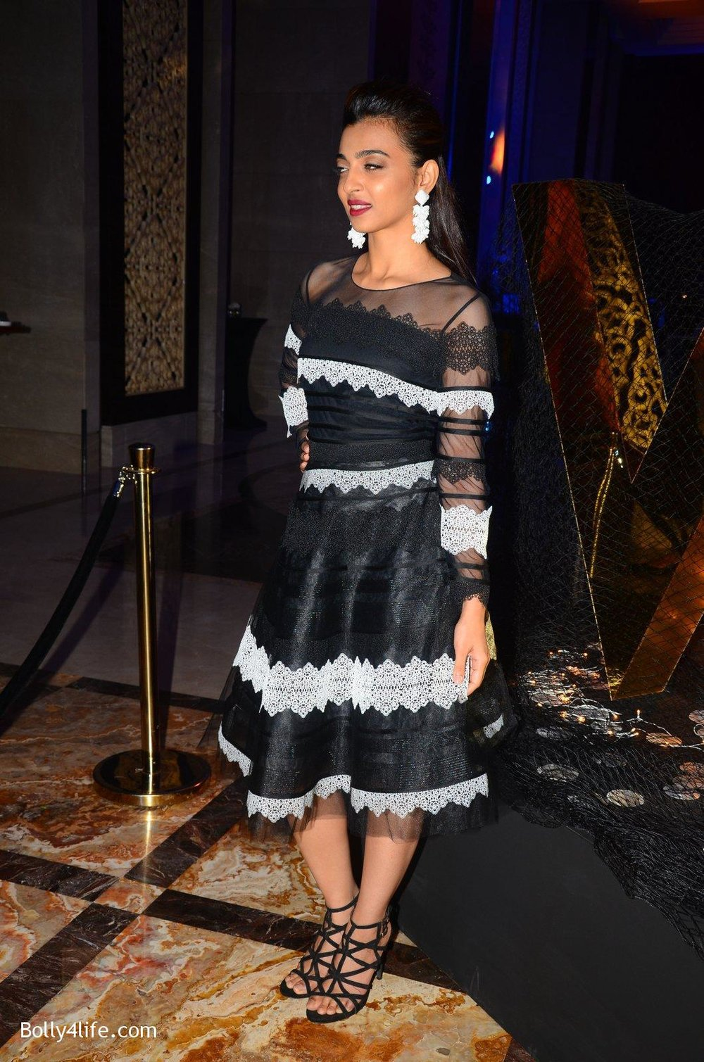 Radhika-Apte-at-W-Goa-launch-party-on-7th-Oct-2016-99.jpg