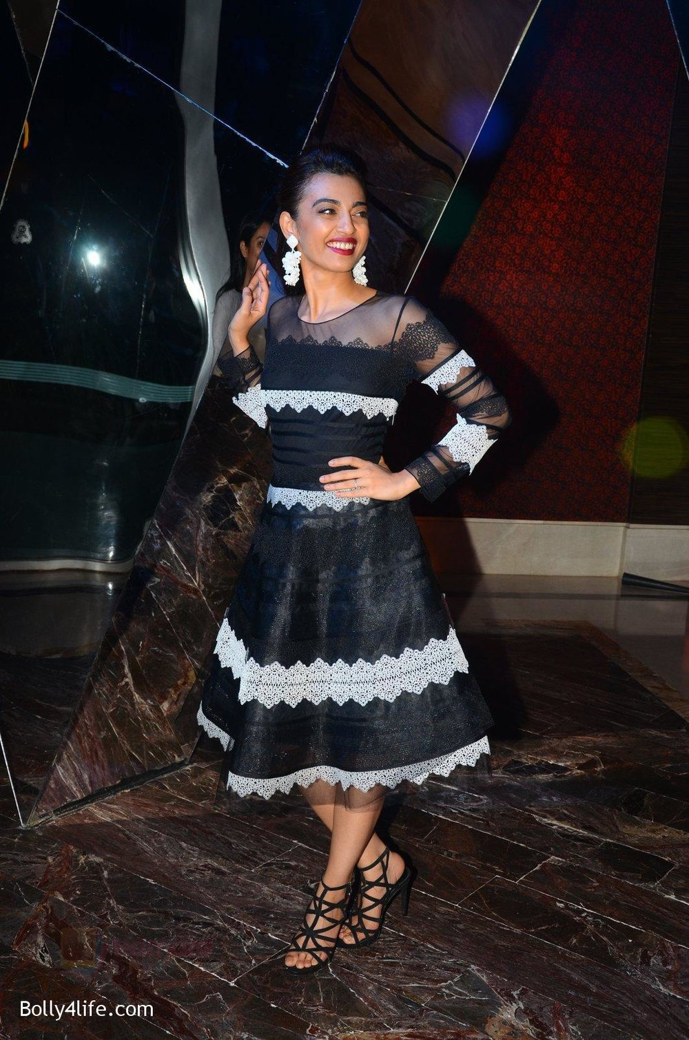 Radhika-Apte-at-W-Goa-launch-party-on-7th-Oct-2016-124.jpg