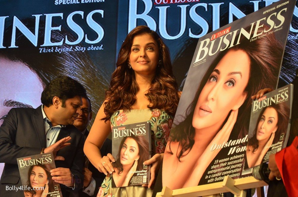 Aishwarya-Rai-Bachchan-at-Outlook-Business-Women-Awards-on-7th-Oct-2016-167.jpg