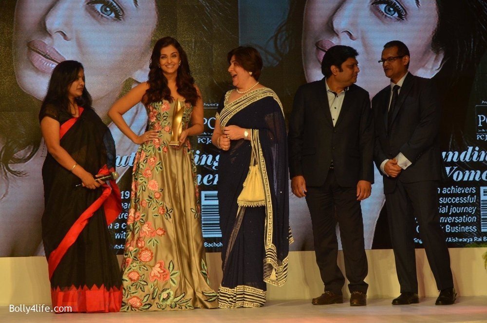 Aishwarya-Rai-Bachchan-at-Outlook-Business-Women-Awards-on-7th-Oct-2016-171.jpg