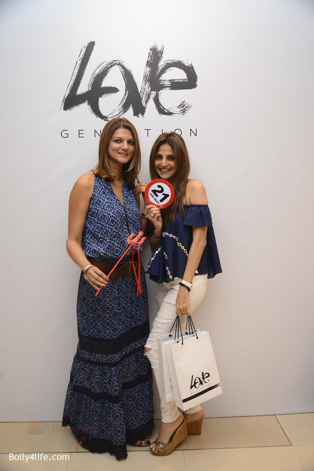 Nandita-Mahtani-at-Love-Generation-launch-at-Shoppers-Stop-on-7th-Oct-2016-77.jpg