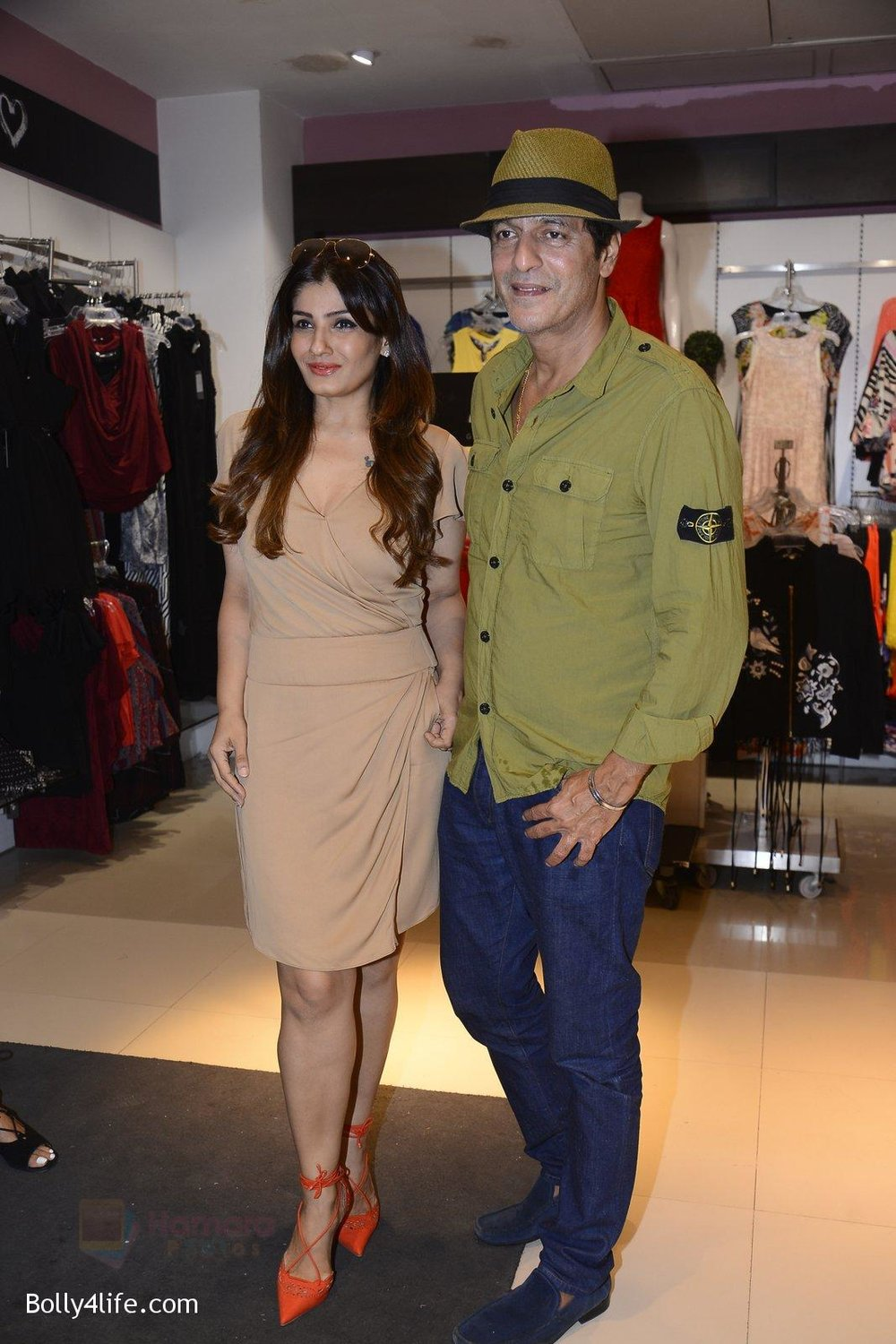 Raveena-Tandon-at-Love-Generation-launch-at-Shoppers-Stop-on-7th-Oct-2016-239.jpg