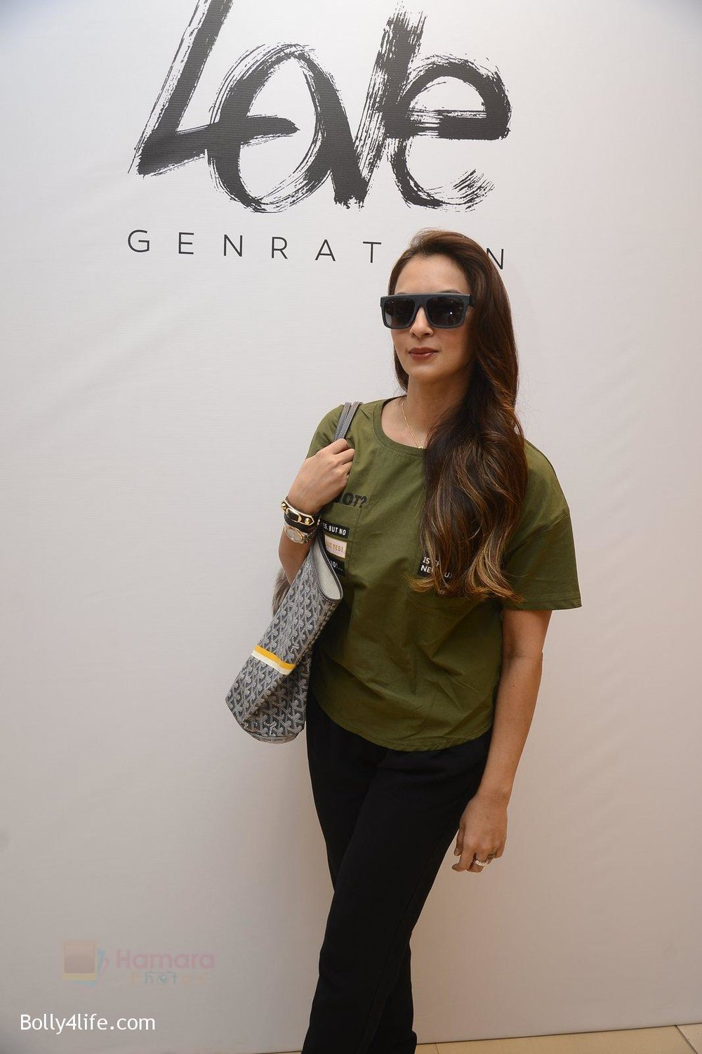 Seema-Khan-at-Love-Generation-launch-at-Shoppers-Stop-on-7th-Oct-2016-80.jpg