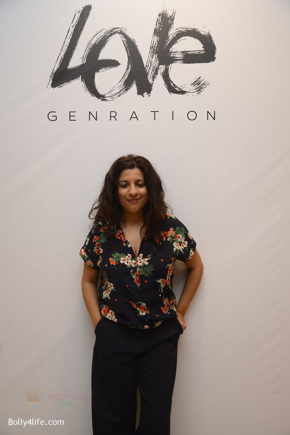 Zoya-Akhar-at-Love-Generation-launch-at-Shoppers-Stop-on-7th-Oct-2016-194.jpg