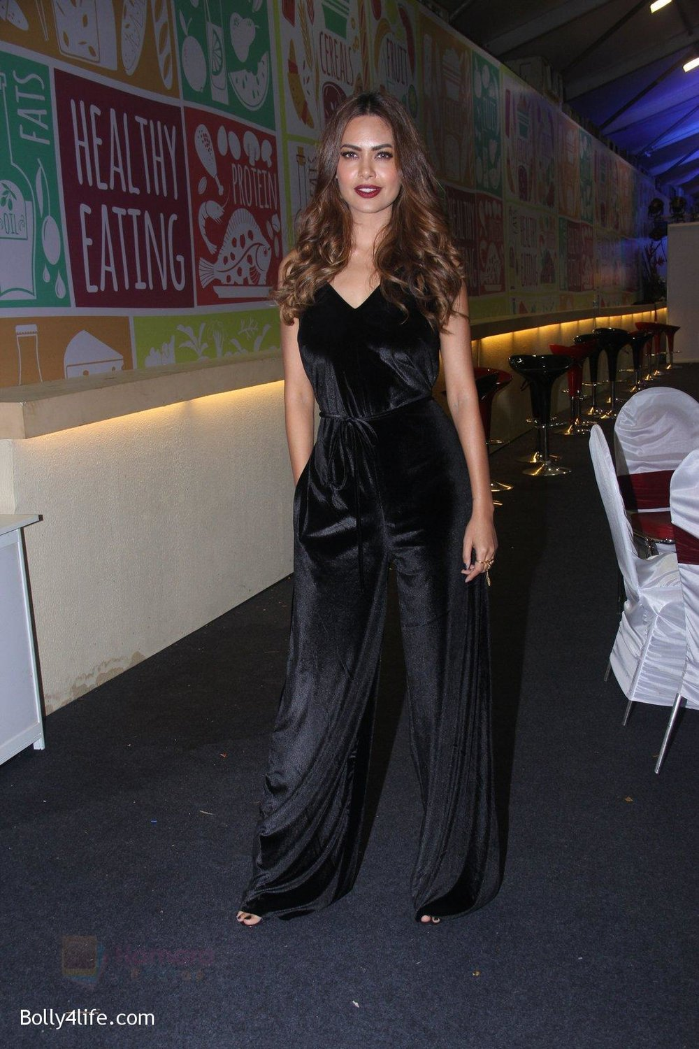 Esha-Gupta-at-Times-Property-event-on-8th-Oct-2016-1.jpg