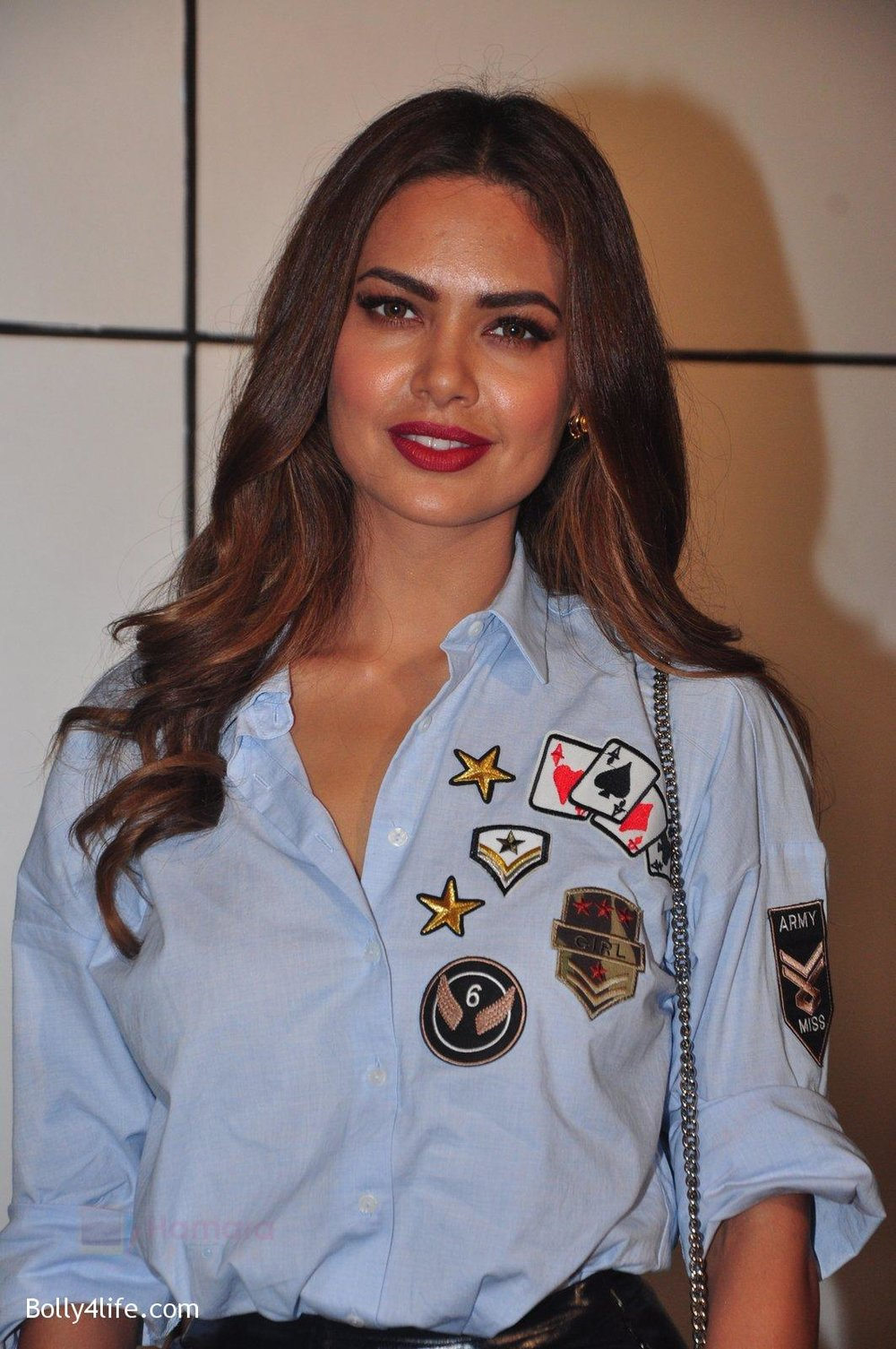 Esha-Gupta-at-Omung-Kumar-bday-Bash-on-8th-Oct-2016-80.jpg