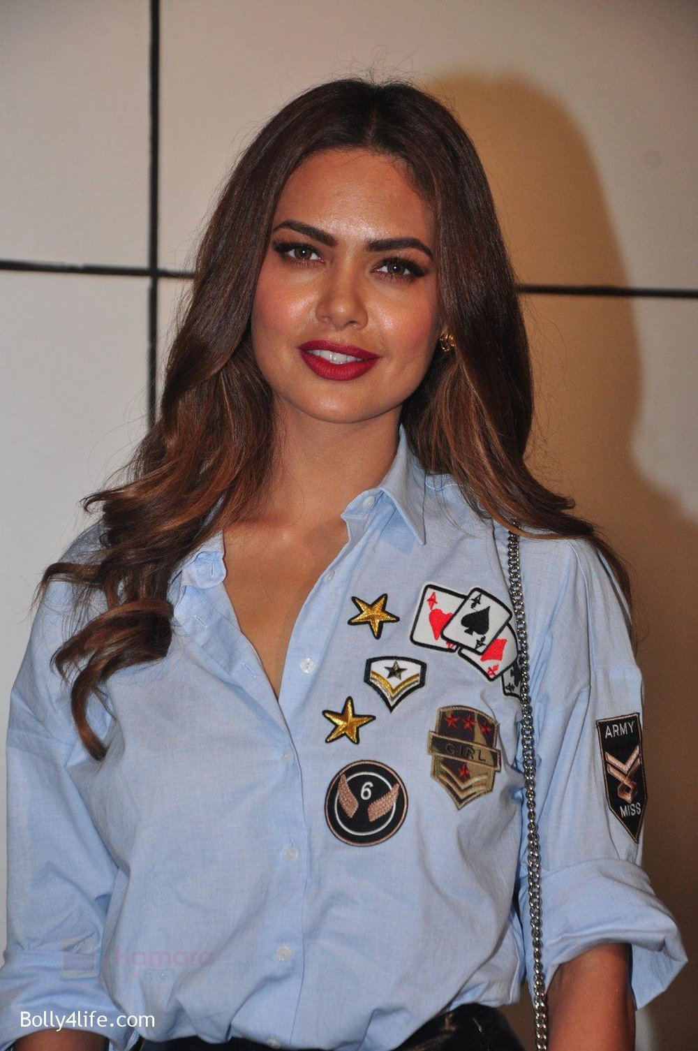 Esha-Gupta-at-Omung-Kumar-bday-Bash-on-8th-Oct-2016-88.jpg