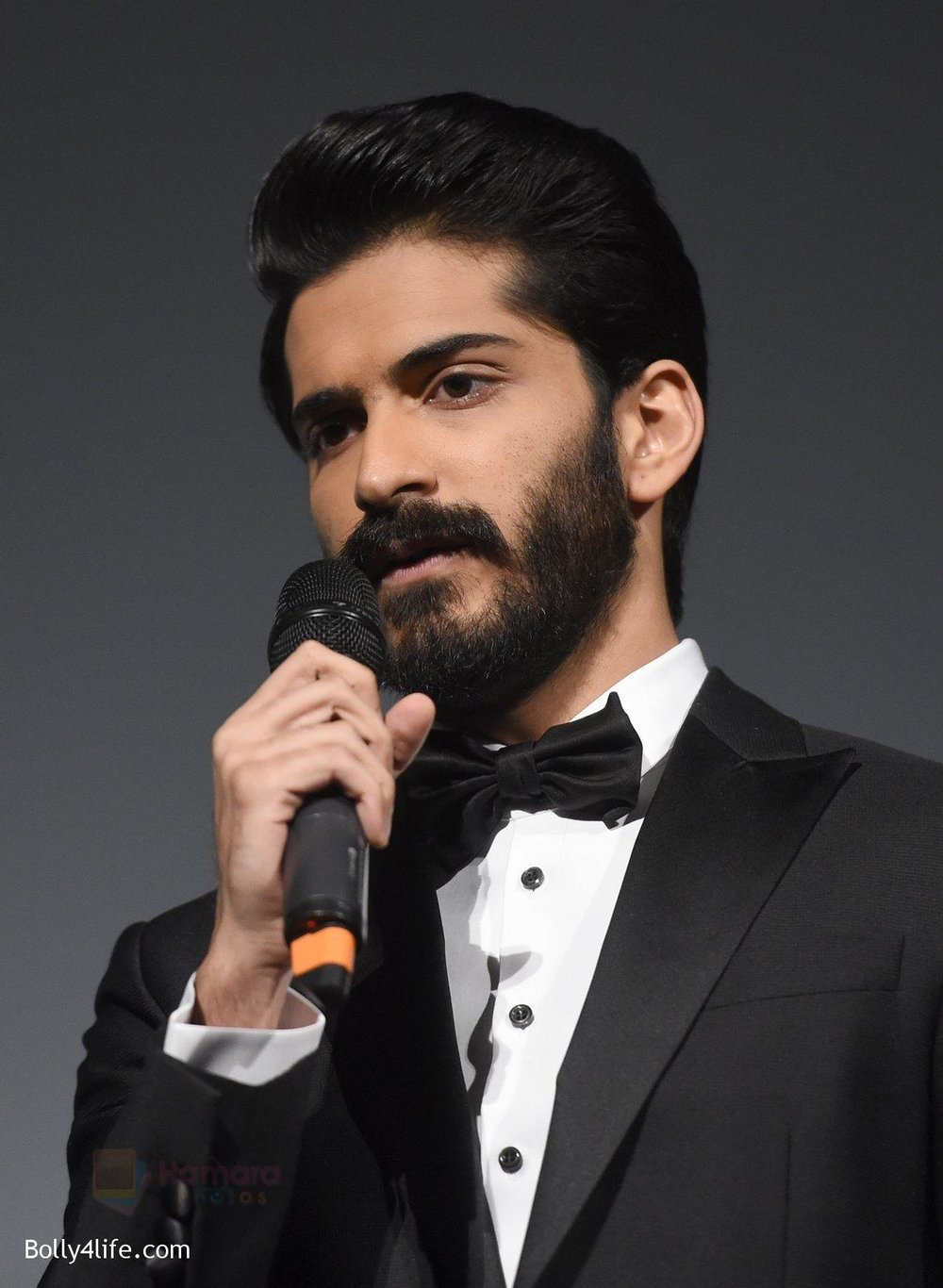 Harshvardhan-Kapoor-at-Mirzya-premiere-in-BFI-London-Film-festival-on-10th-Oct-2016-35.jpg