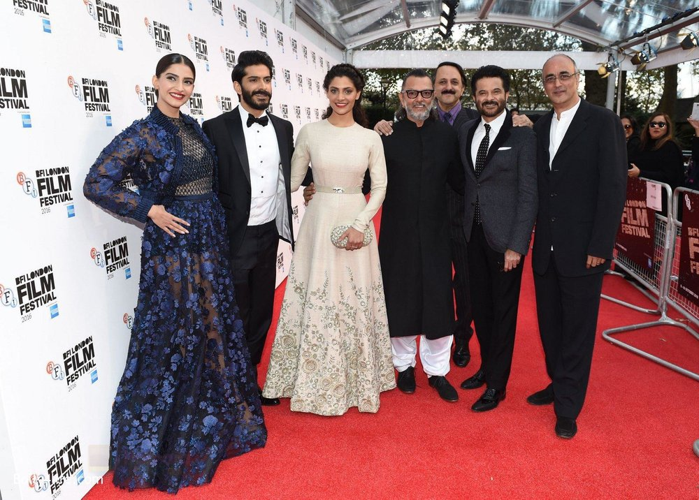 Harshvardhan-Kapoor-Saiyami-Kher-Sonam-Kapoor-Rakesh-Mehra-at-Mirzya-premiere-in-BFI-London-Film-festival-on-10th-Oct-2016-97.jpg