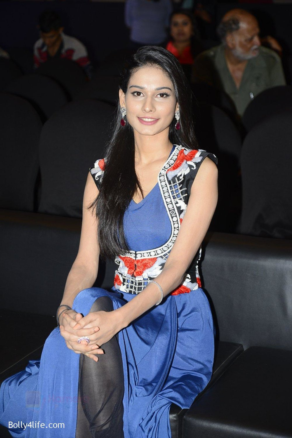 Aneri-Vajani-at-Sony_s-new-show-Behad-launch-on-10th-Oct-2016-99.jpg