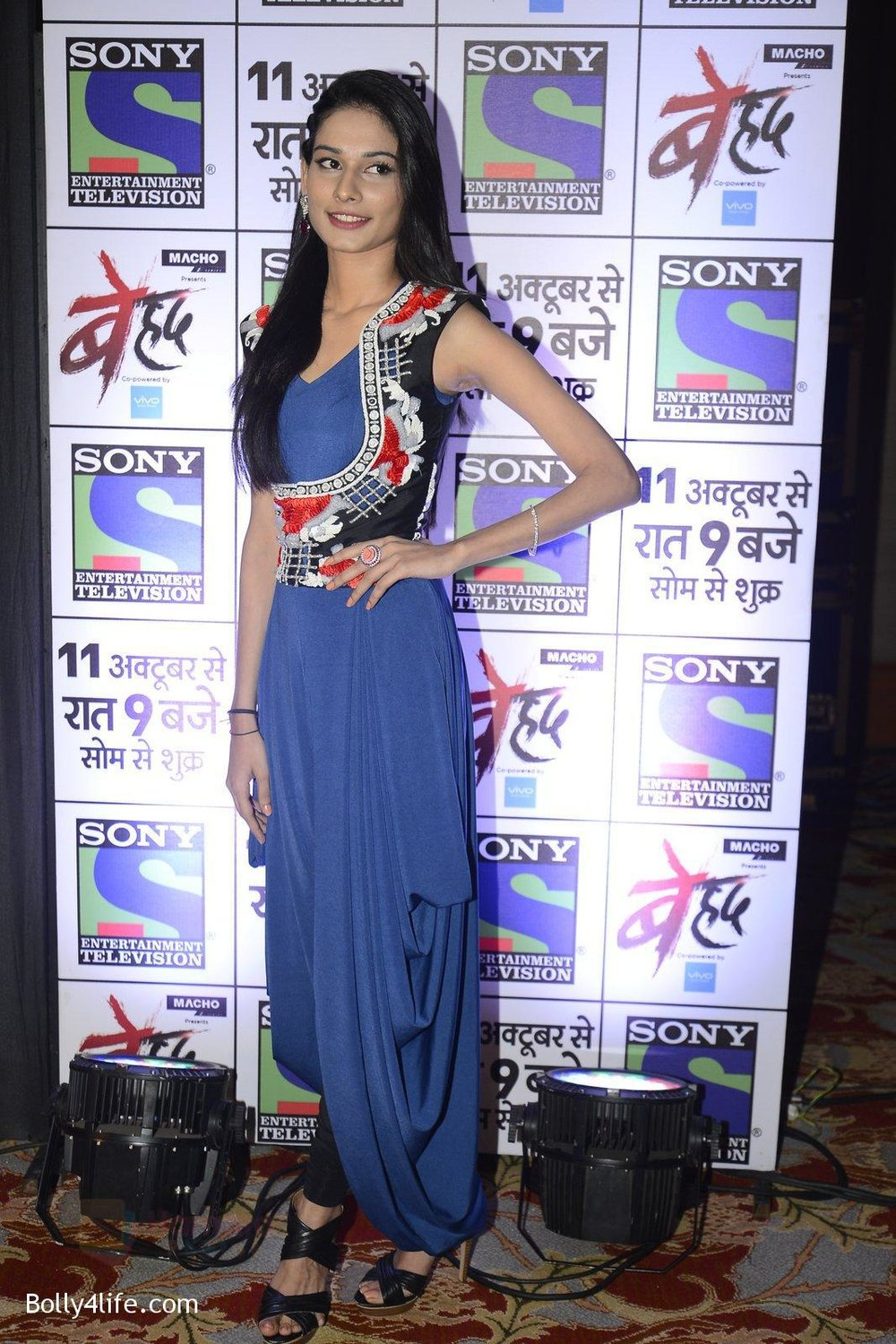 Aneri-Vajani-at-Sony_s-new-show-Behad-launch-on-10th-Oct-2016-111.jpg
