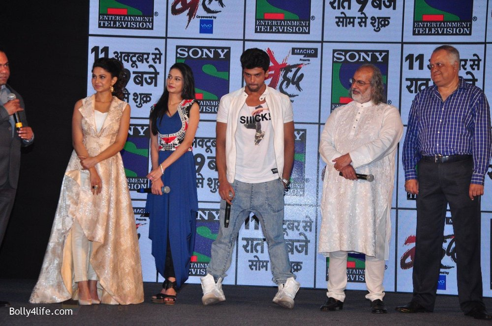 Jennifer-Winget-Kushal-Tandon-Aneri-Vajani-at-Sony_s-new-show-Behad-launch-on-10th-Oct-2016-101.jpg