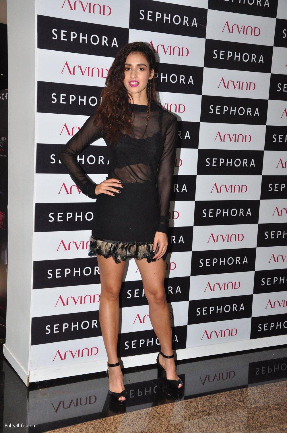 Disha-patani-at-Sephora-Brand-store-launch-on-14th-Oct-2016-17.jpg