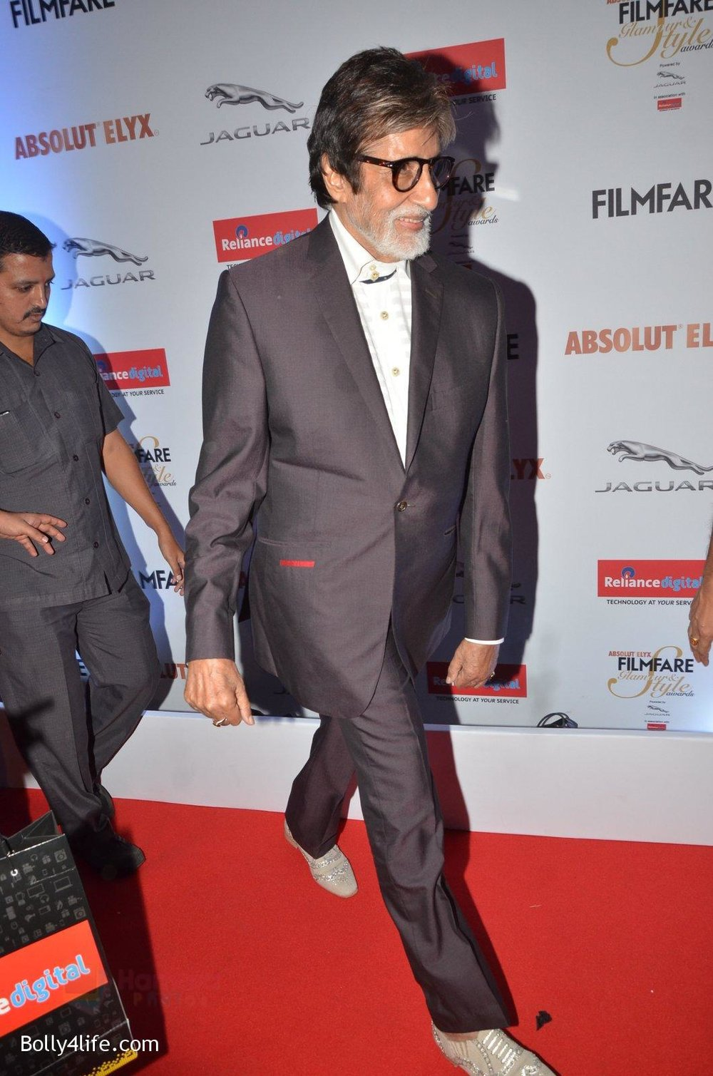 Amitabh-Bachchan-at-Filmfare-Glamour-Style-Awards-2016-in-Mumbai-on-15th-Oct-2016-2176.jpg