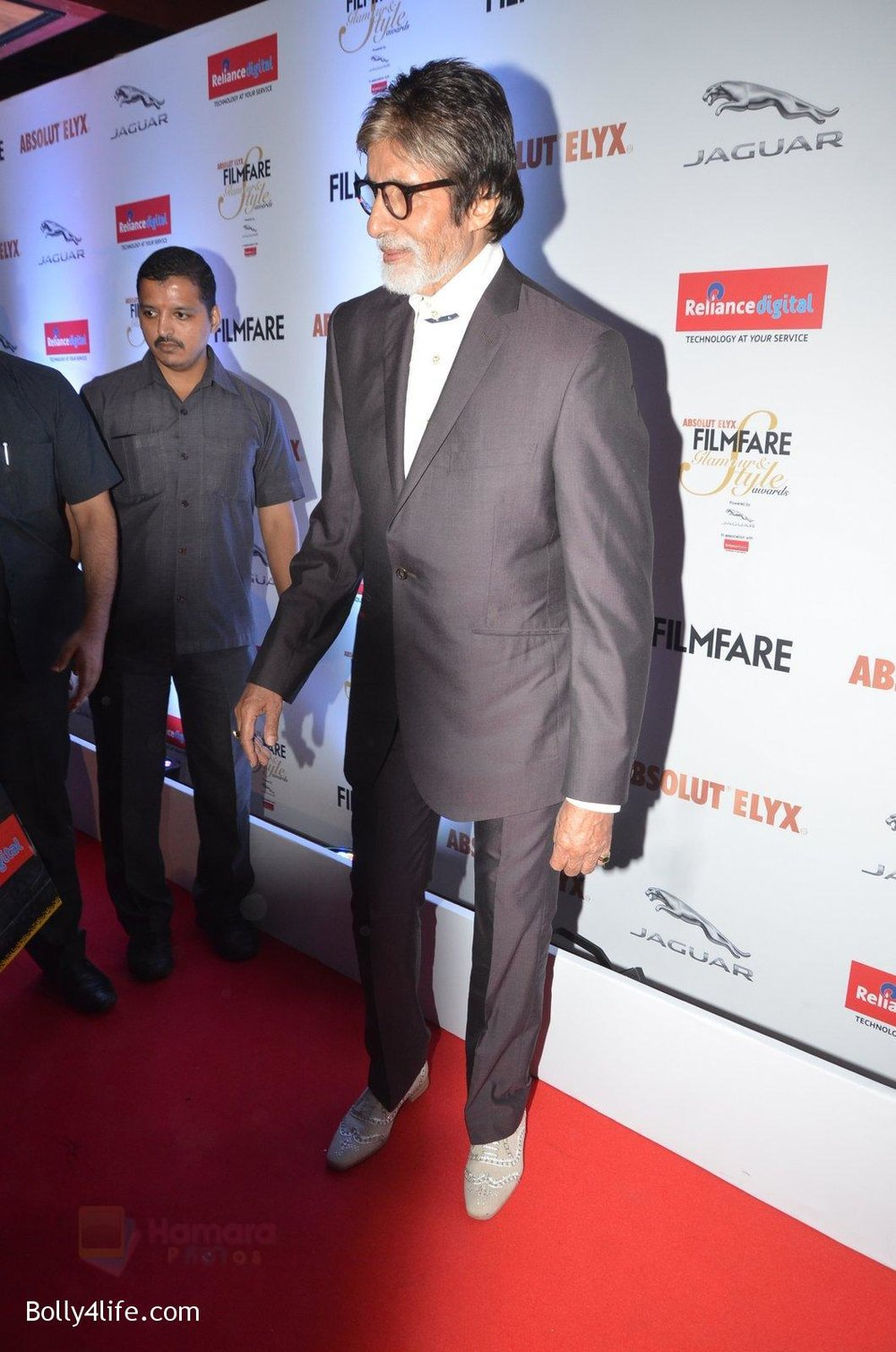 Amitabh-Bachchan-at-Filmfare-Glamour-Style-Awards-2016-in-Mumbai-on-15th-Oct-2016-2179.jpg