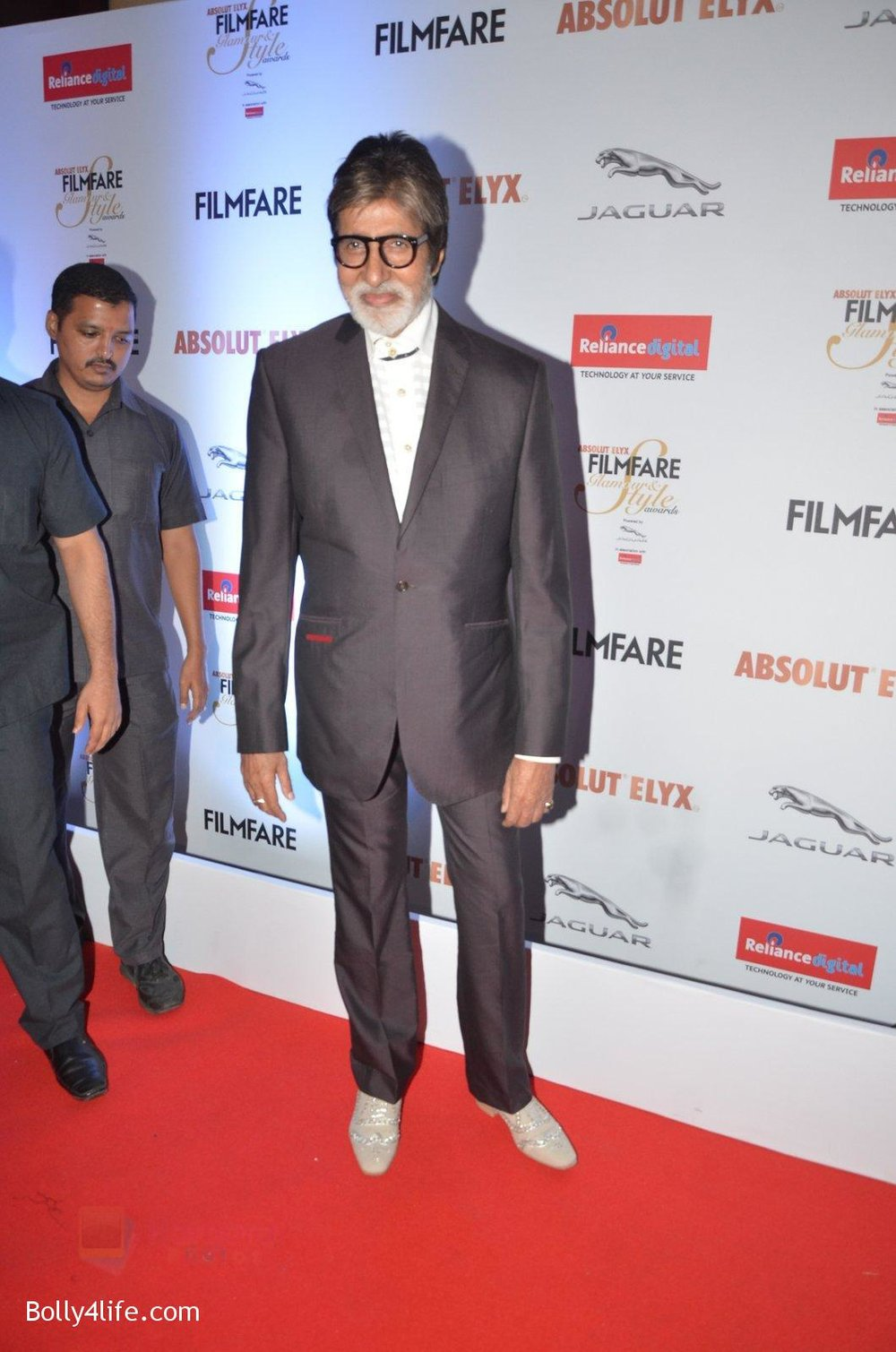 Amitabh-Bachchan-at-Filmfare-Glamour-Style-Awards-2016-in-Mumbai-on-15th-Oct-2016-2193.jpg