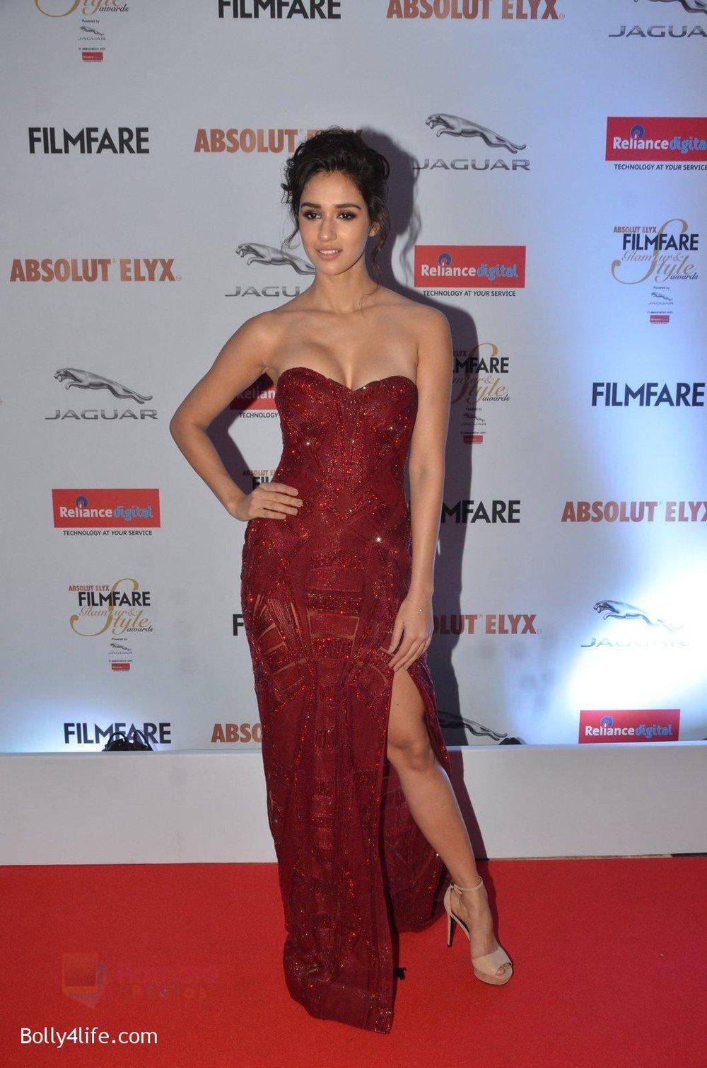 Disha-Patani-at-Filmfare-Glamour-Style-Awards-2016-in-Mumbai-on-15th-Oct-2016-1586.jpg
