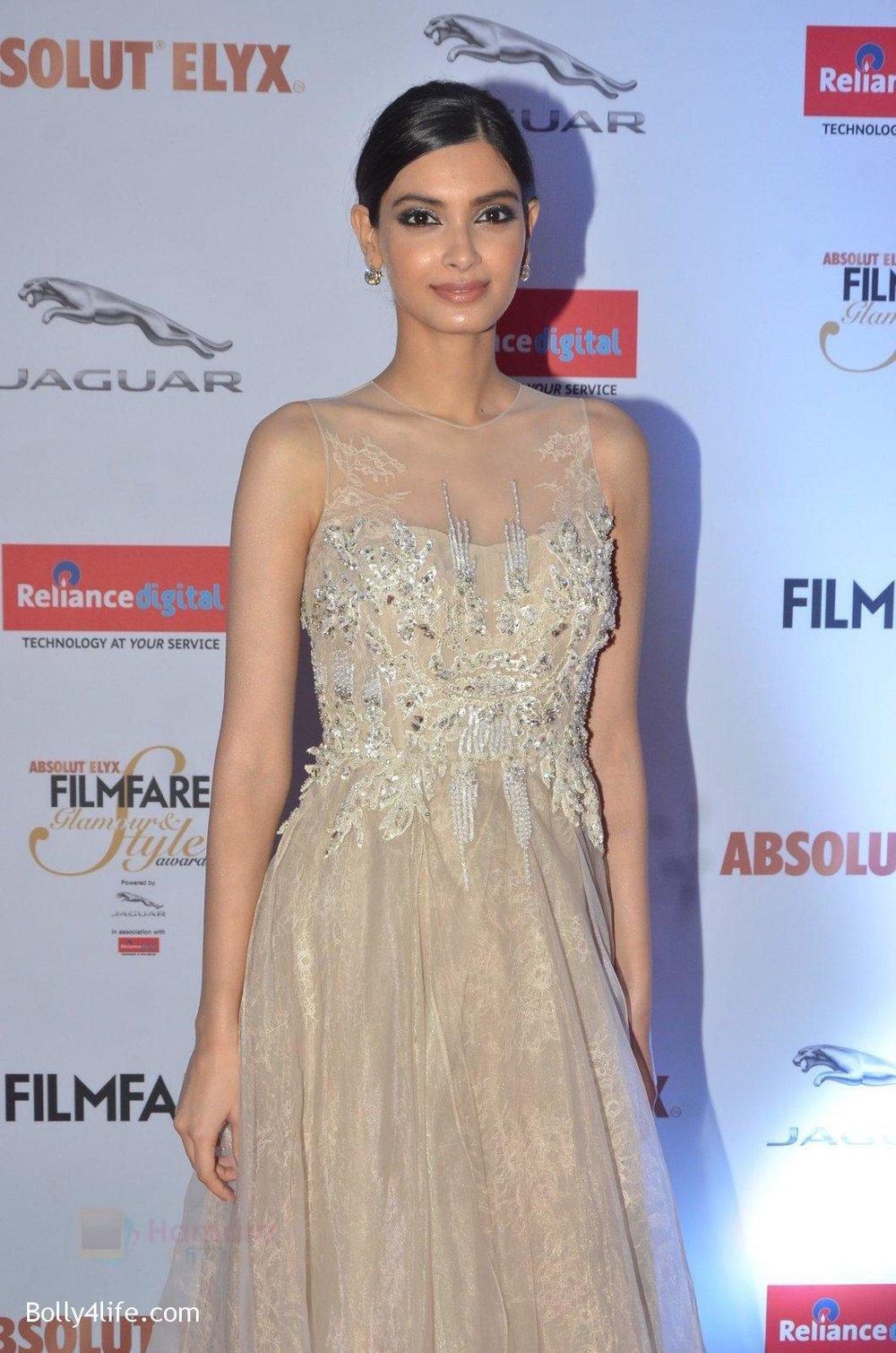 Diana-Penty-at-Filmfare-Glamour-Style-Awards-2016-in-Mumbai-on-15th-Oct-2016-1797.jpg