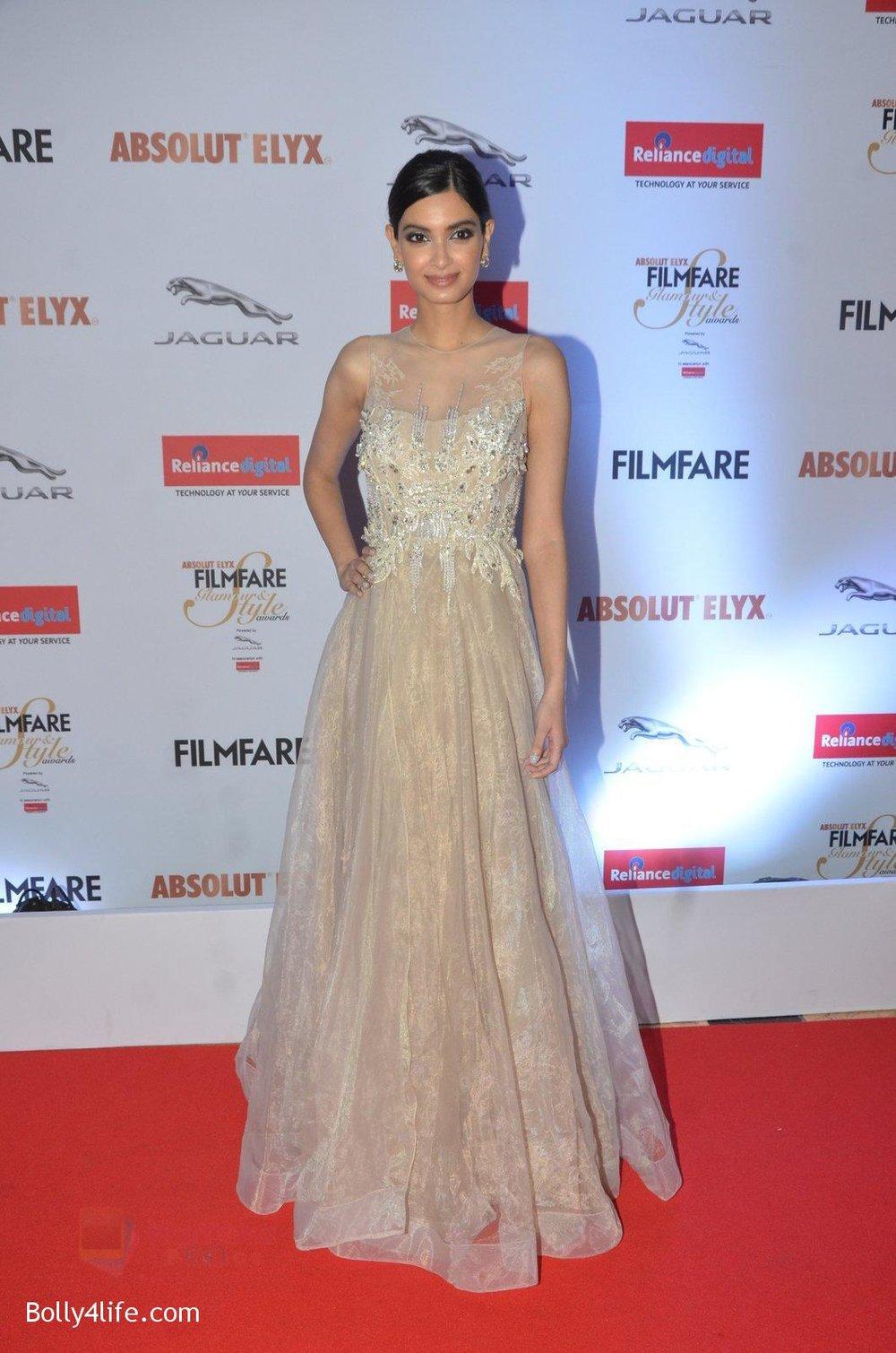 Diana-Penty-at-Filmfare-Glamour-Style-Awards-2016-in-Mumbai-on-15th-Oct-2016-1800.jpg