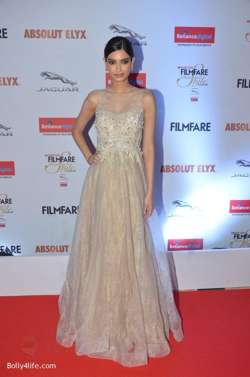 Diana-Penty-at-Filmfare-Glamour-Style-Awards-2016-in-Mumbai-on-15th-Oct-2016-1803.jpg