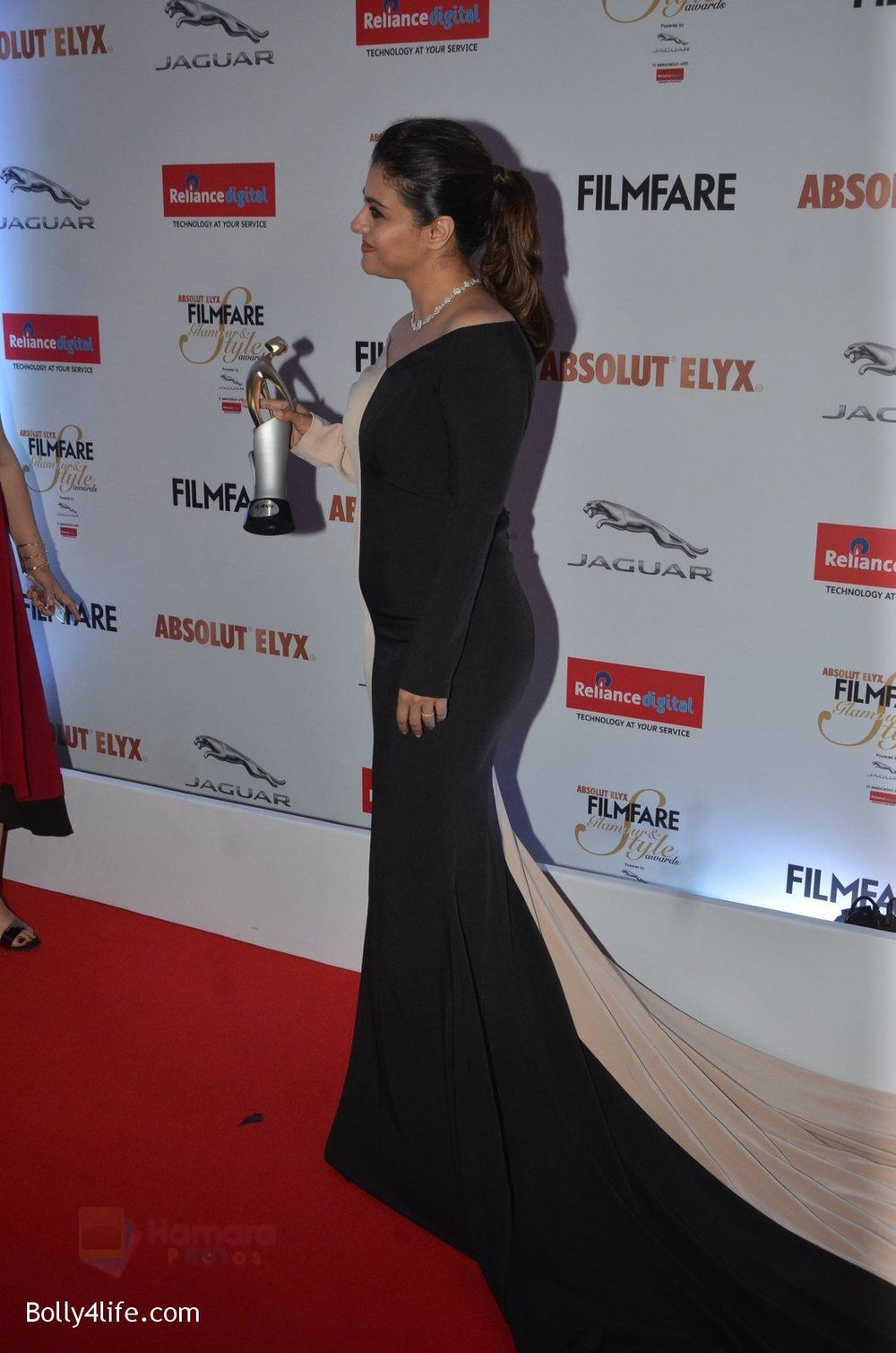 Kajol-at-Filmfare-Glamour-Style-Awards-2016-in-Mumbai-on-15th-Oct-2016-1969.jpg