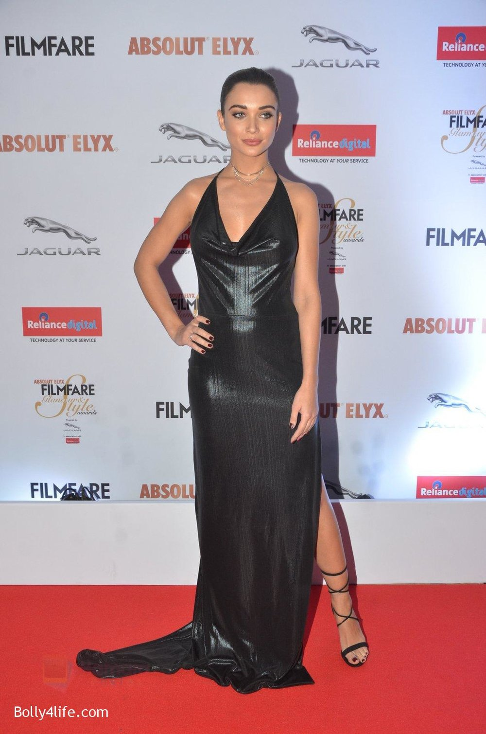 Amy-Jackson-at-Filmfare-Glamour-Style-Awards-2016-in-Mumbai-on-15th-Oct-2016-1427.jpg