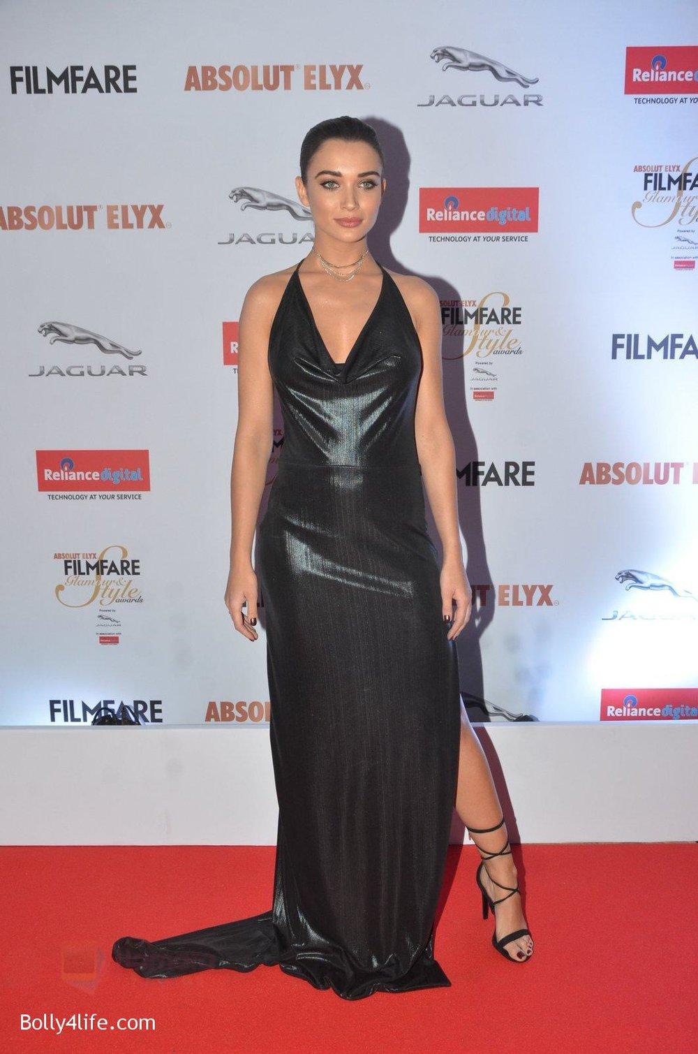 Amy-Jackson-at-Filmfare-Glamour-Style-Awards-2016-in-Mumbai-on-15th-Oct-2016-1429.jpg