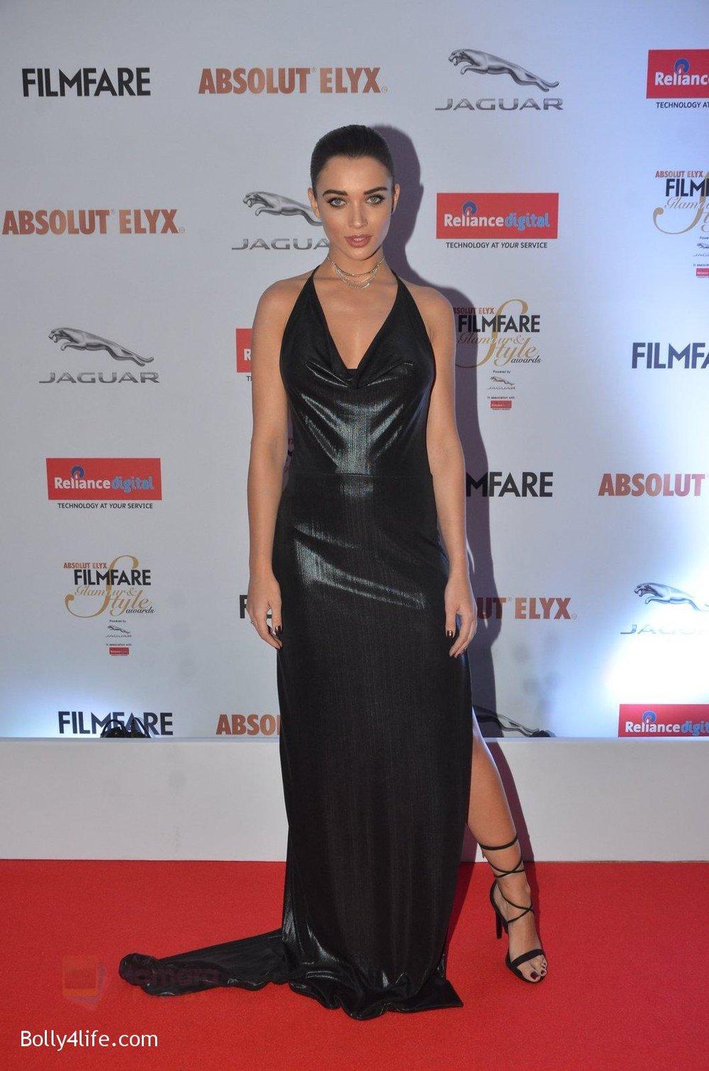 Amy-Jackson-at-Filmfare-Glamour-Style-Awards-2016-in-Mumbai-on-15th-Oct-2016-1433.jpg