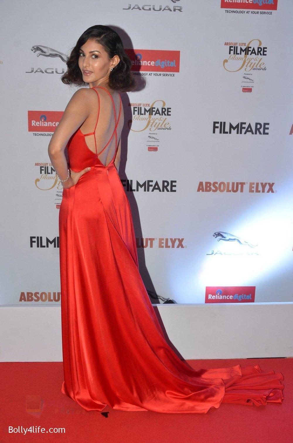 Amyra-Dastur-at-Filmfare-Glamour-Style-Awards-2016-in-Mumbai-on-15th-Oct-2016-1319.jpg