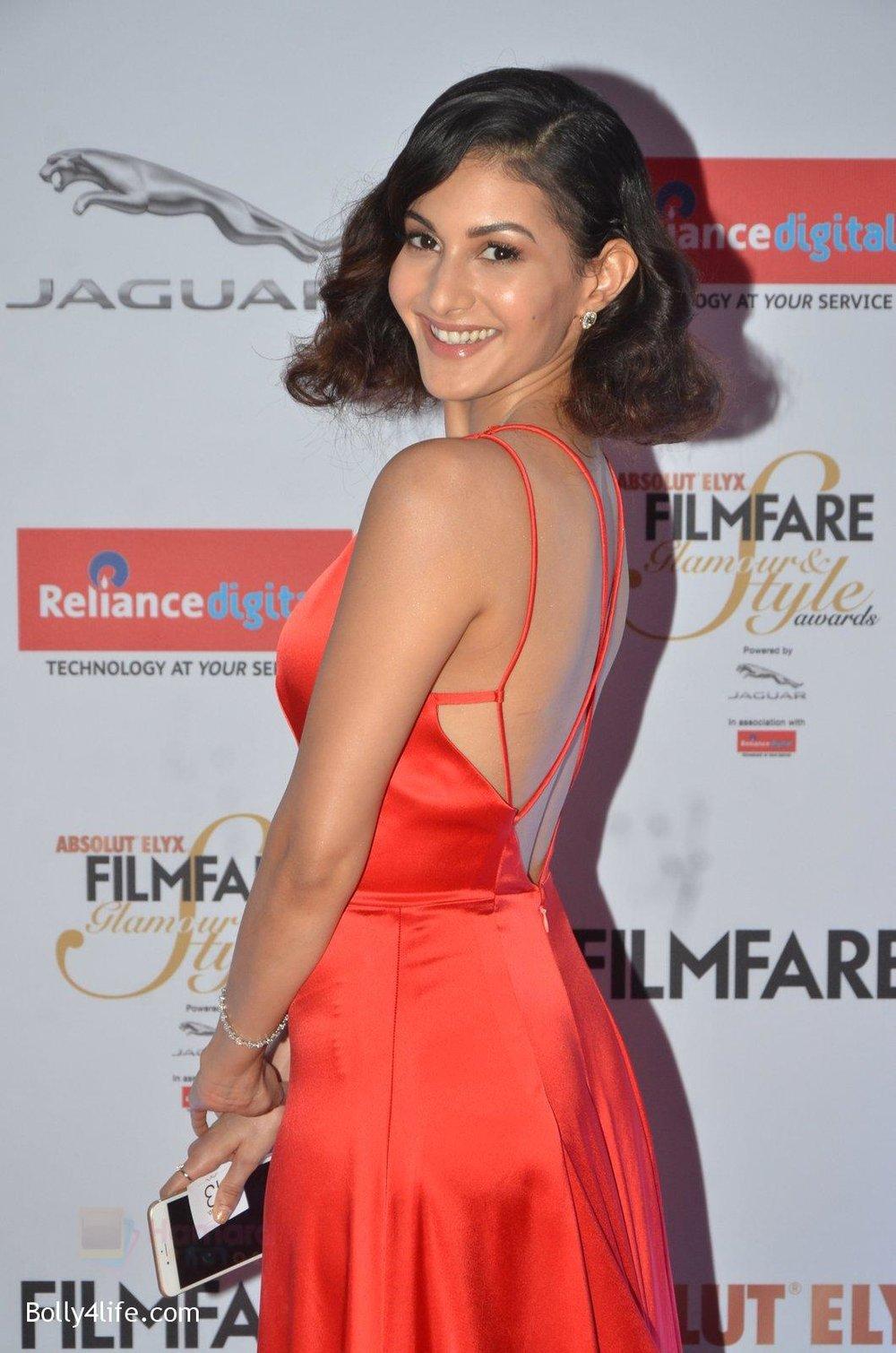 Amyra-Dastur-at-Filmfare-Glamour-Style-Awards-2016-in-Mumbai-on-15th-Oct-2016-1323.jpg