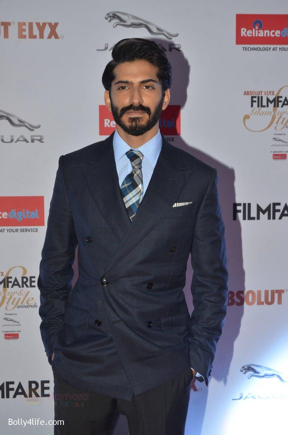 Harshvardhan-Kapoor-at-Filmfare-Glamour-Style-Awards-2016-in-Mumbai-on-15th-Oct-2016-1200.jpg