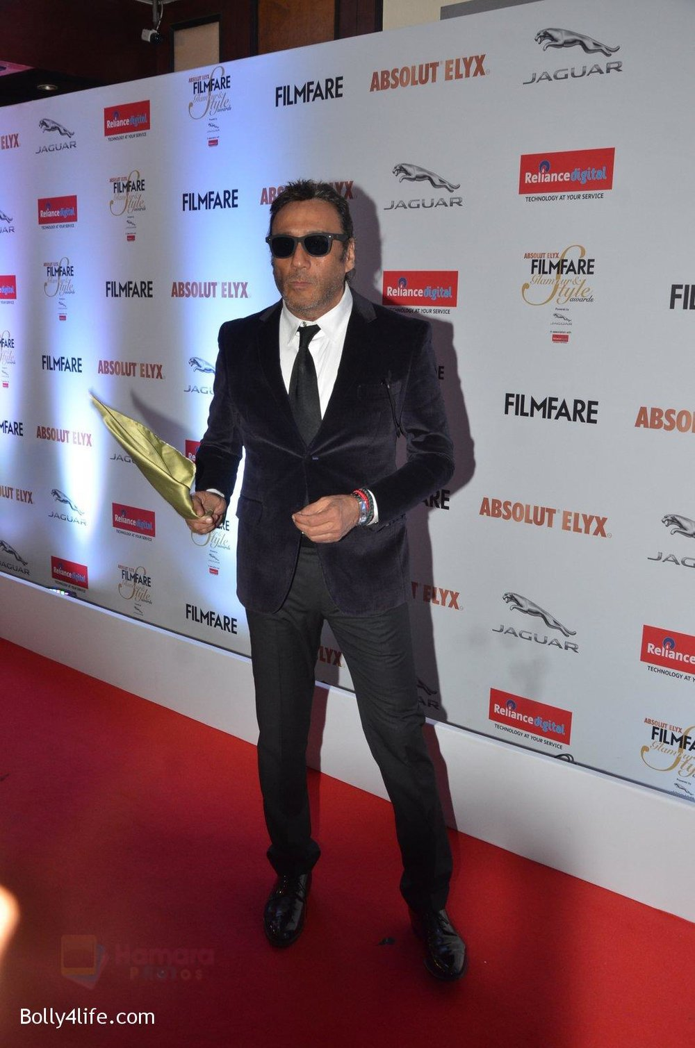 Jackie-Shroff-at-Filmfare-Glamour-Style-Awards-2016-in-Mumbai-on-15th-Oct-2016-2104.jpg