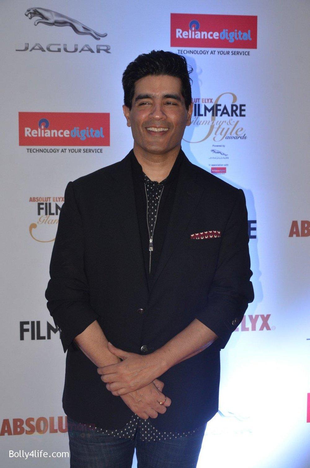 Manish-Malhotra-at-Filmfare-Glamour-Style-Awards-2016-in-Mumbai-on-15th-Oct-2016-1803.jpg