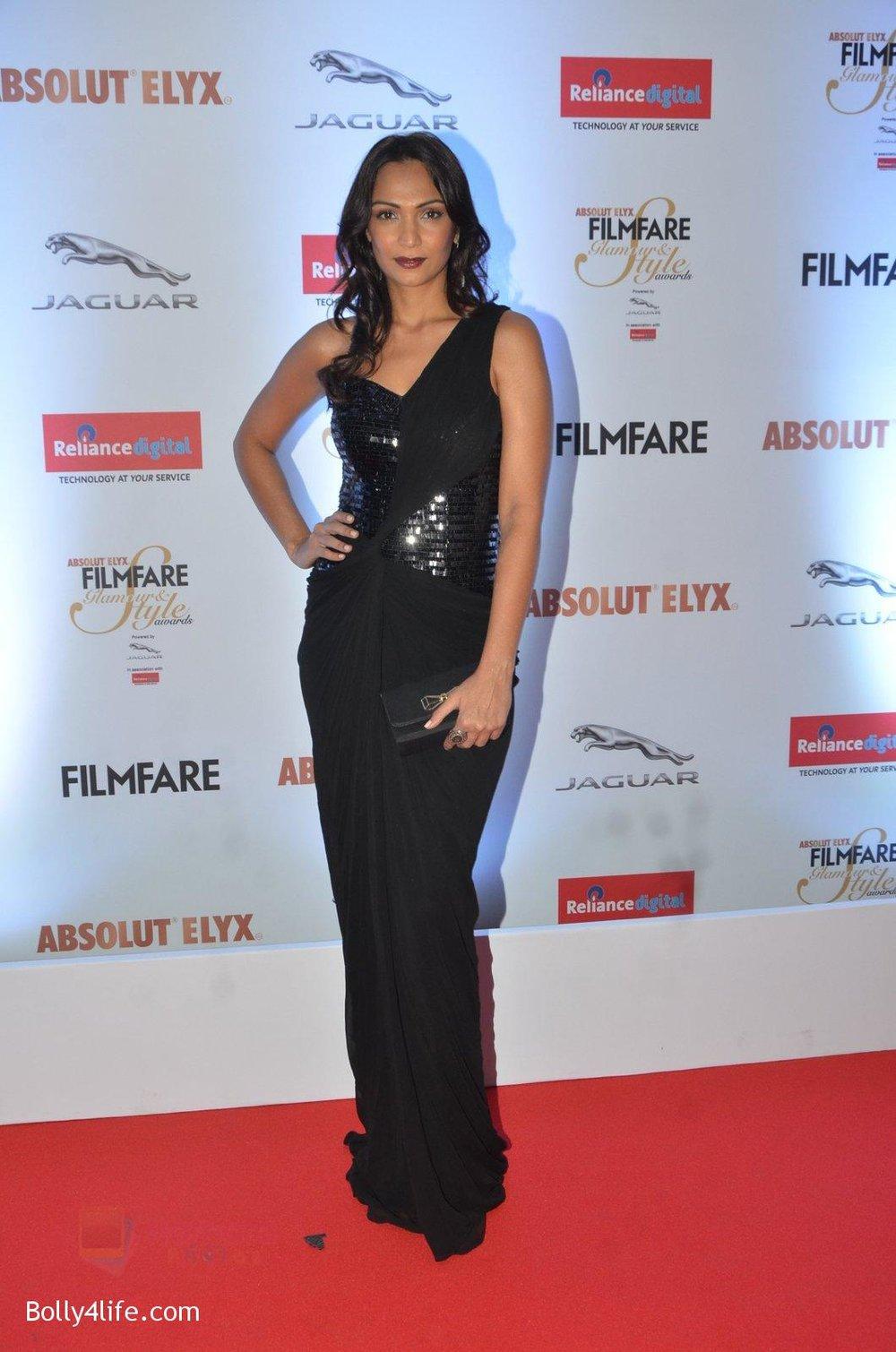 Shamita-Singha-at-Filmfare-Glamour-Style-Awards-2016-in-Mumbai-on-15th-Oct-2016-1124.jpg