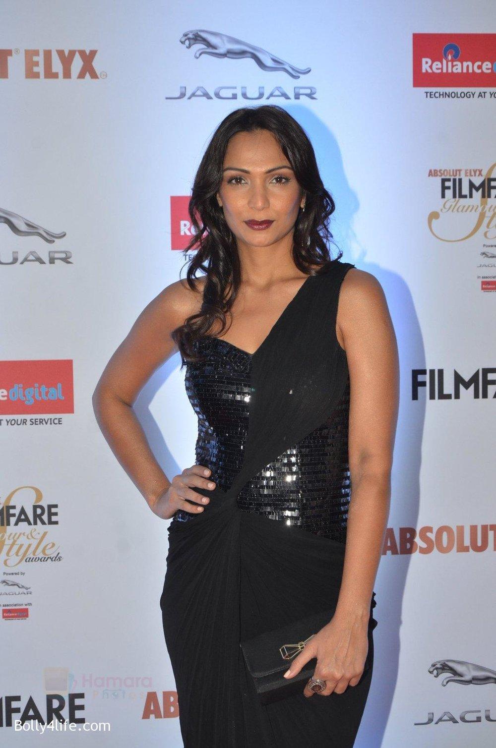 Shamita-Singha-at-Filmfare-Glamour-Style-Awards-2016-in-Mumbai-on-15th-Oct-2016-1127.jpg