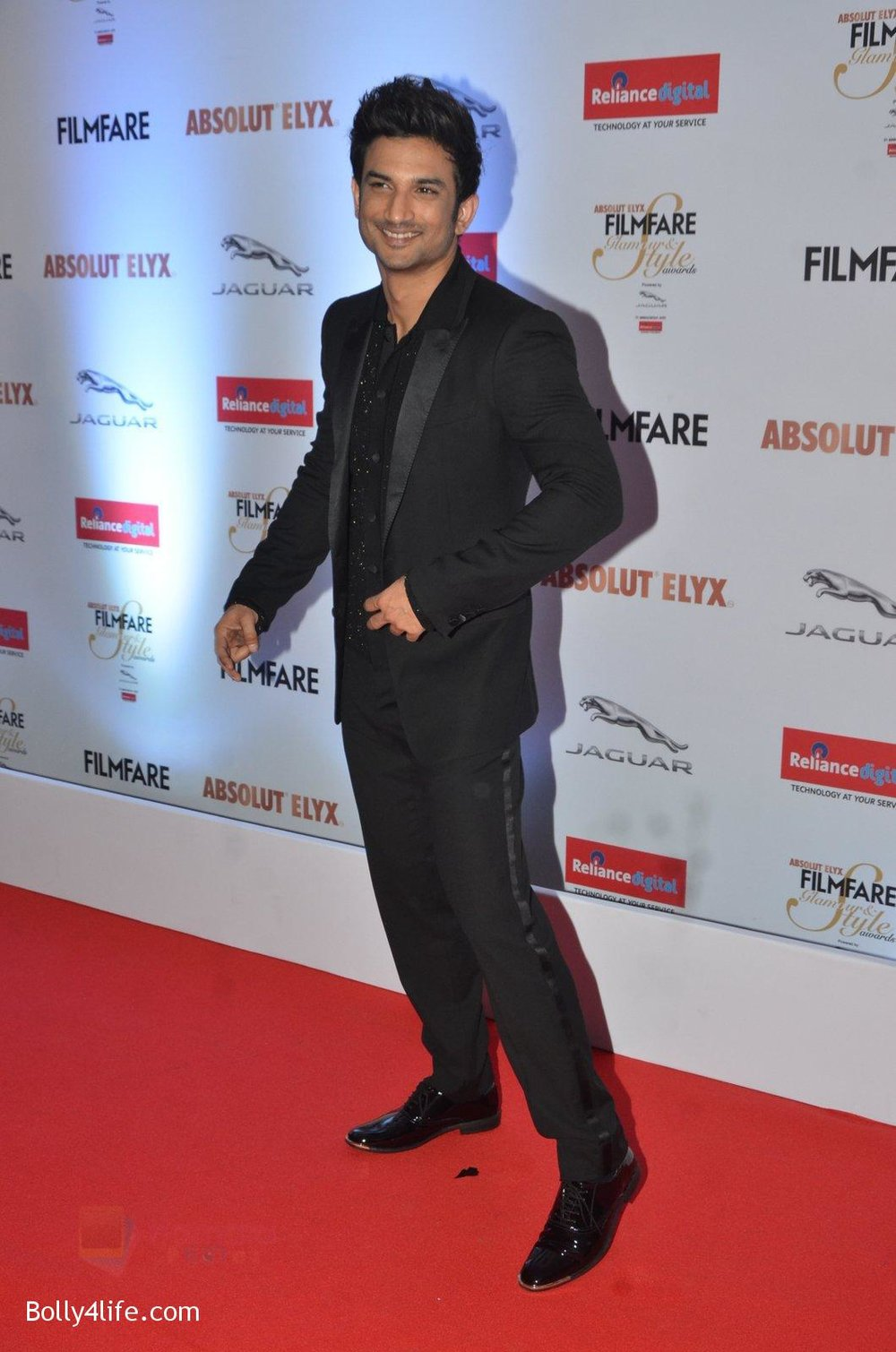 Sushant-Singh-Rajput-at-Filmfare-Glamour-Style-Awards-2016-in-Mumbai-on-15th-Oct-2016-1746.jpg