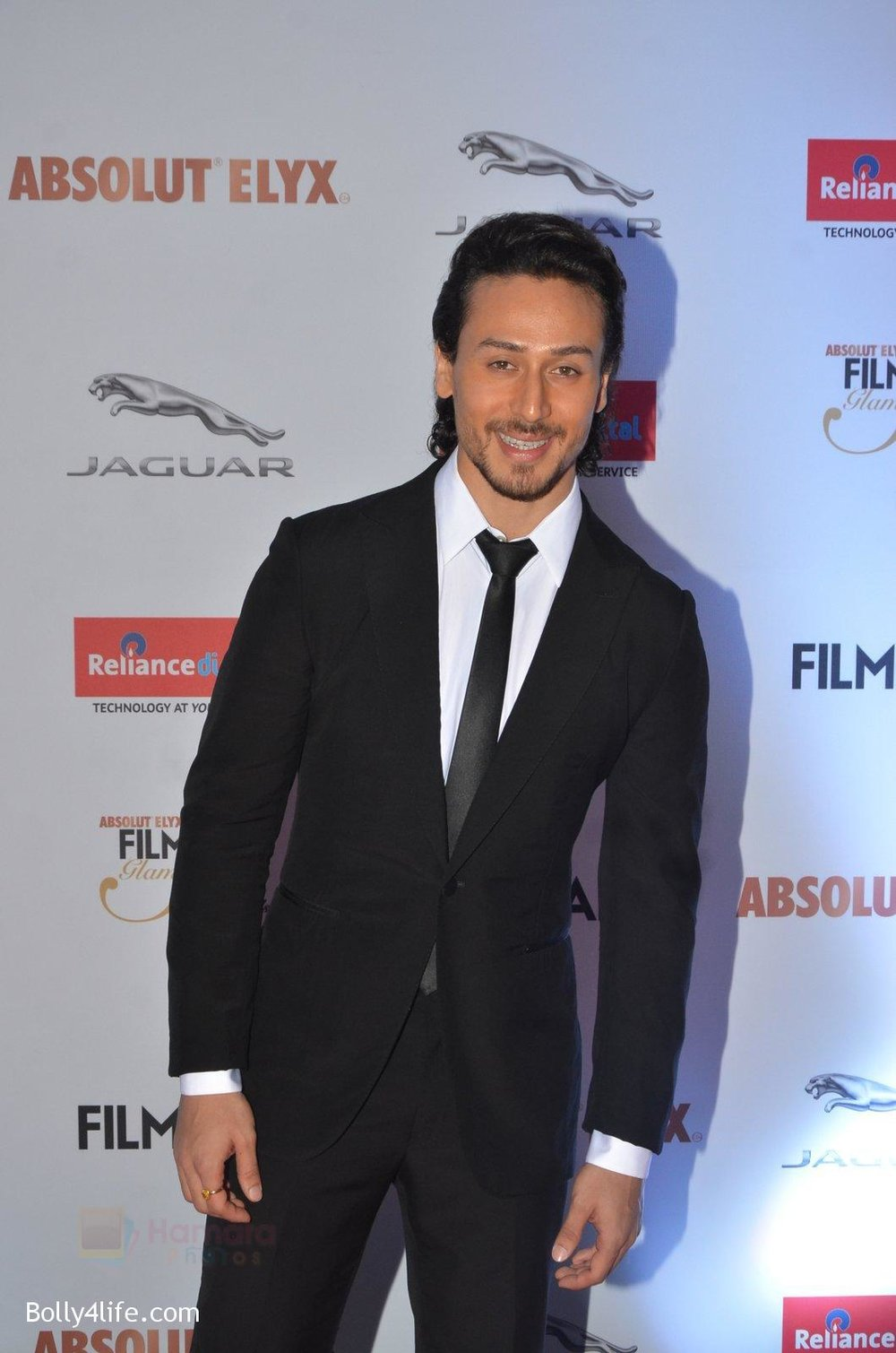 Tiger-Shroff-at-Filmfare-Glamour-Style-Awards-2016-in-Mumbai-on-15th-Oct-2016-1540.jpg
