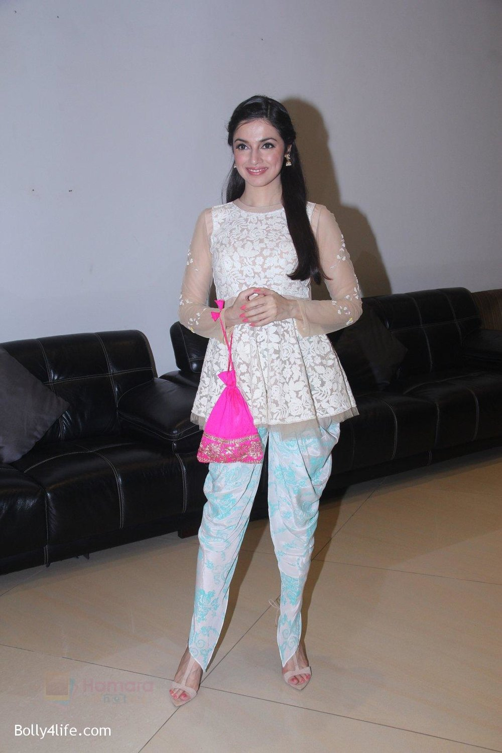 Divya-Khosla-Kumar-at-ladies-event-in-NSCI-on-18th-Oct-2016-20.jpg