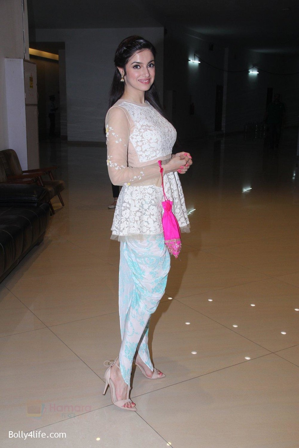 Divya-Khosla-Kumar-at-ladies-event-in-NSCI-on-18th-Oct-2016-23.jpg